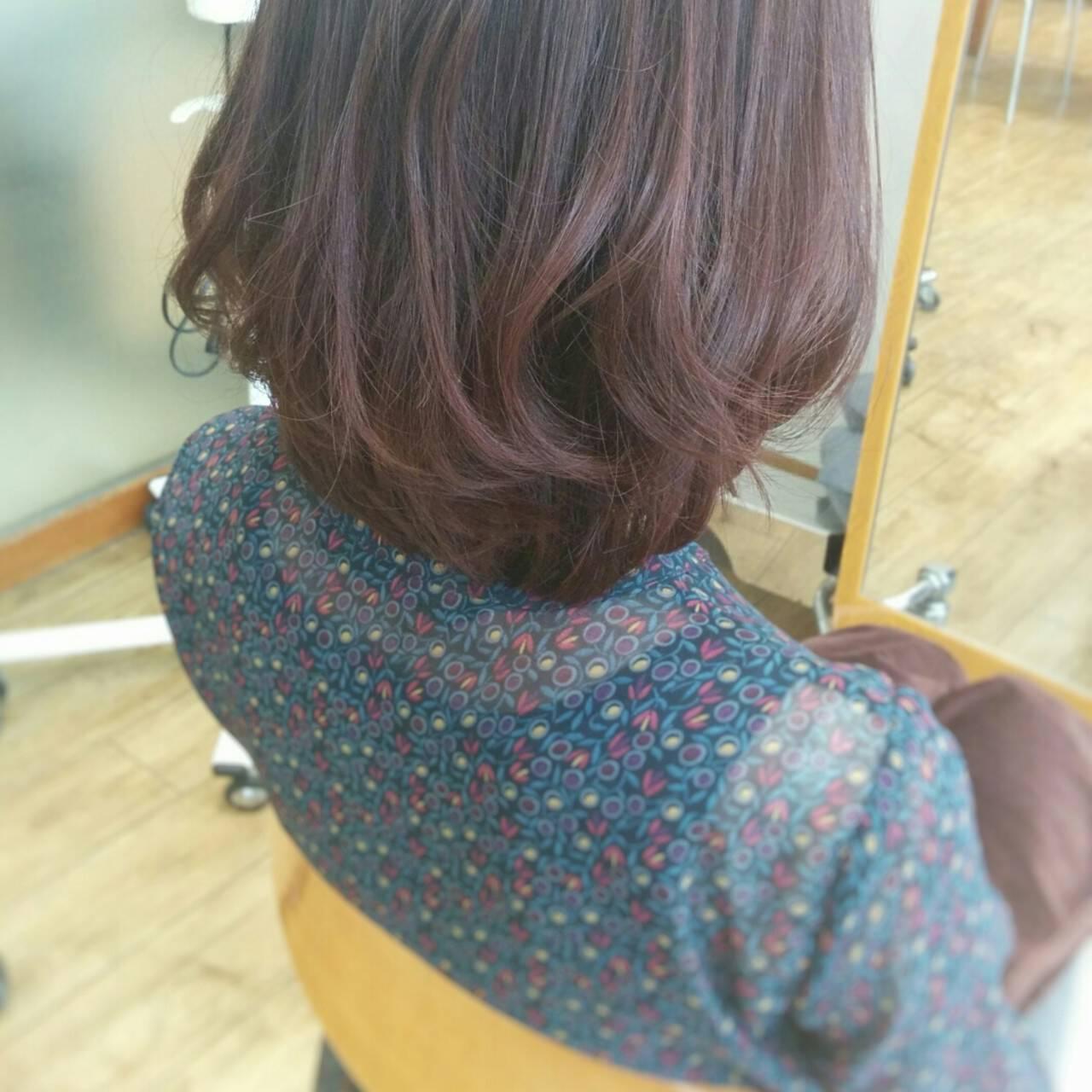 ピンク ストレート レッド 暗髪ヘアスタイルや髪型の写真・画像