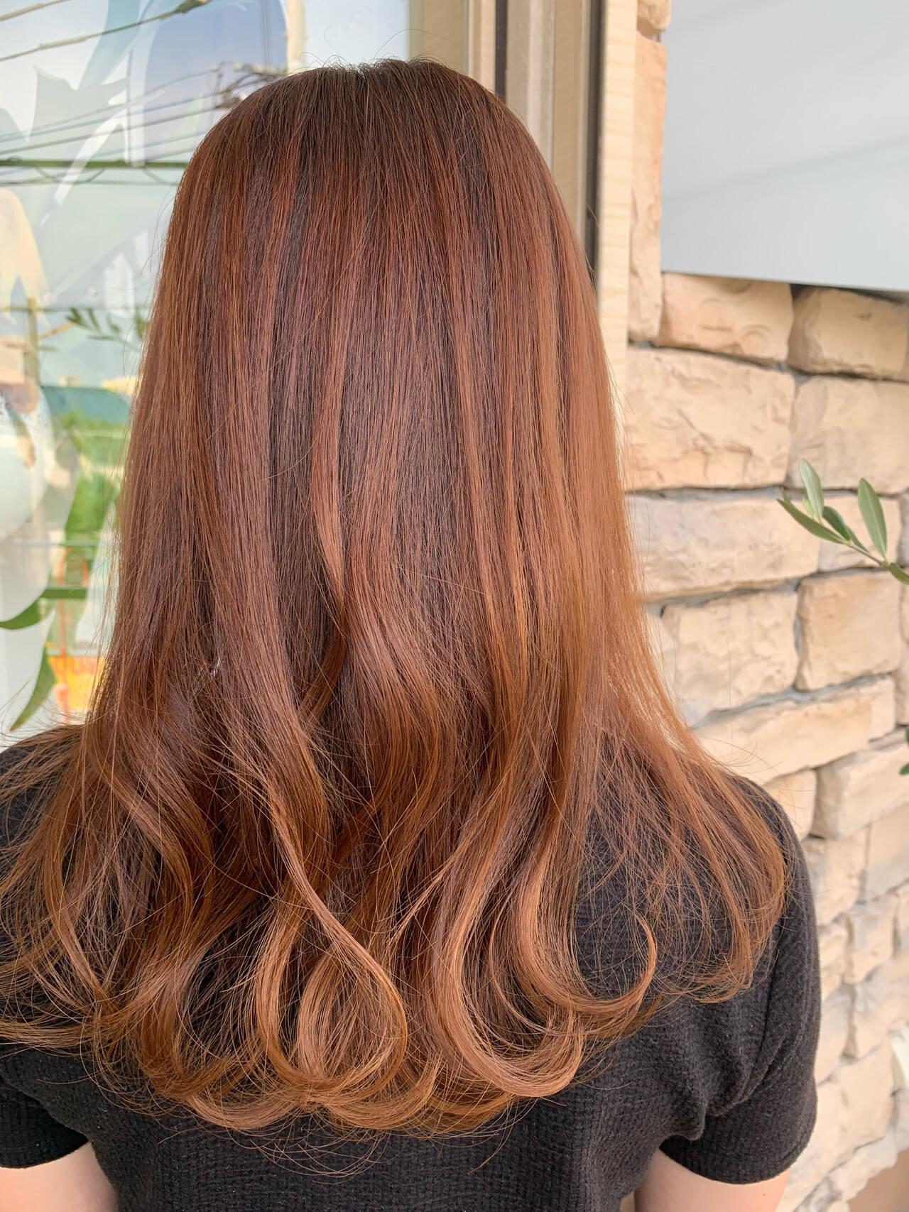 暖色 透明感カラー デート コーラルヘアスタイルや髪型の写真・画像