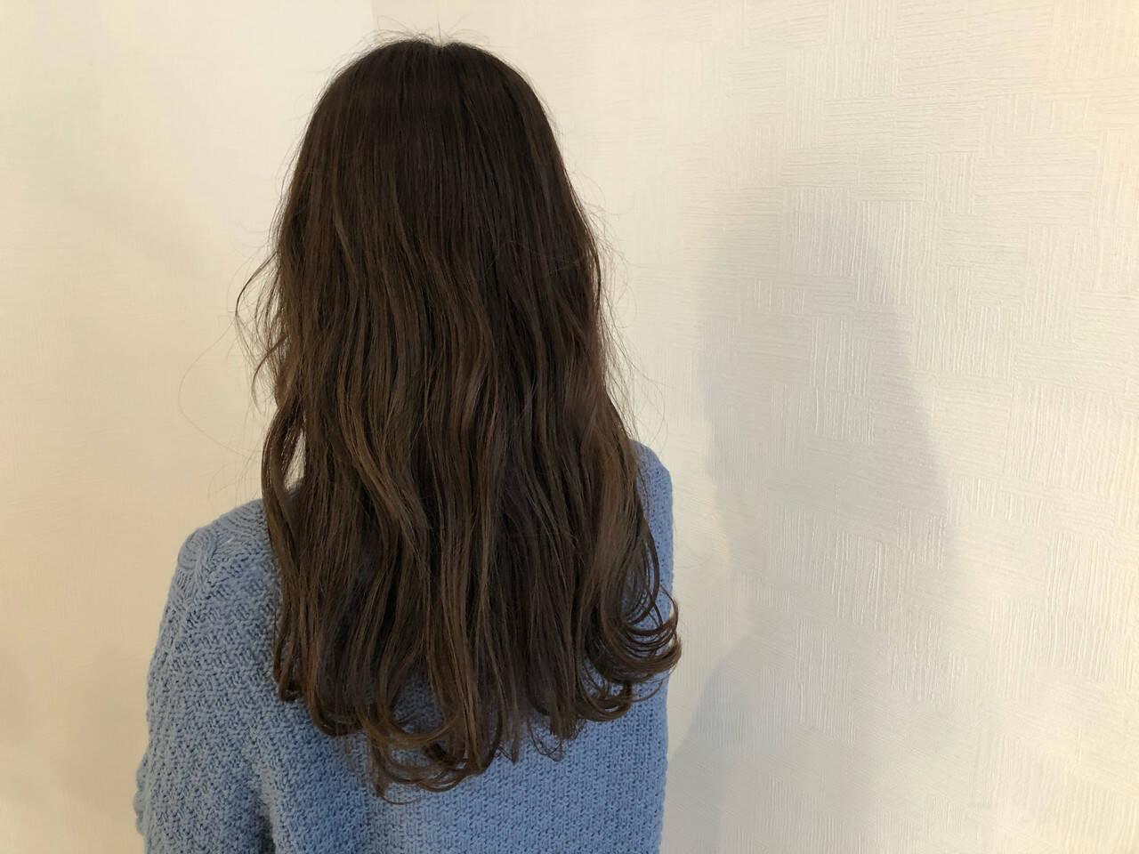シアーベージュ オリーブベージュ オリーブアッシュ ヘアアレンジヘアスタイルや髪型の写真・画像