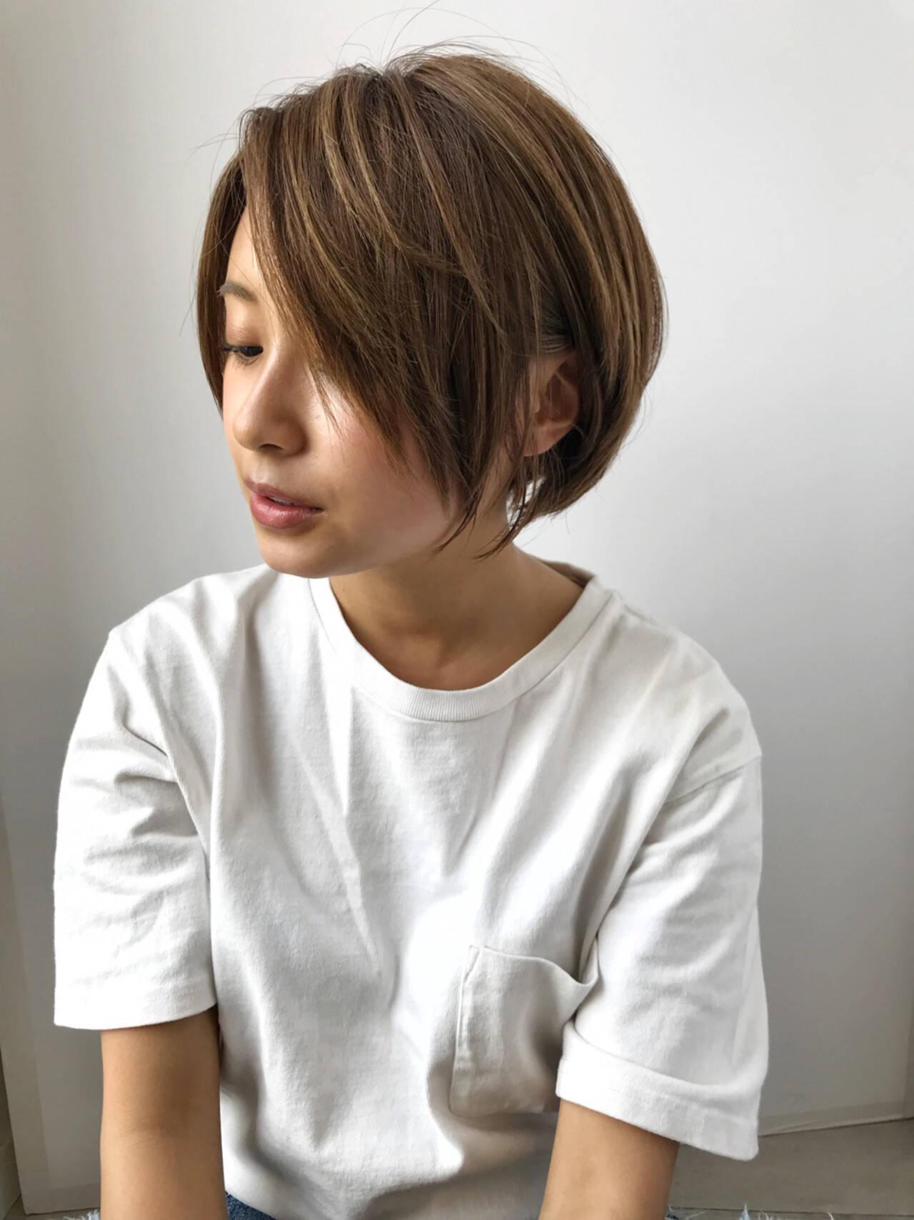 ショートボブ ショート 似合わせ ナチュラルヘアスタイルや髪型の写真・画像