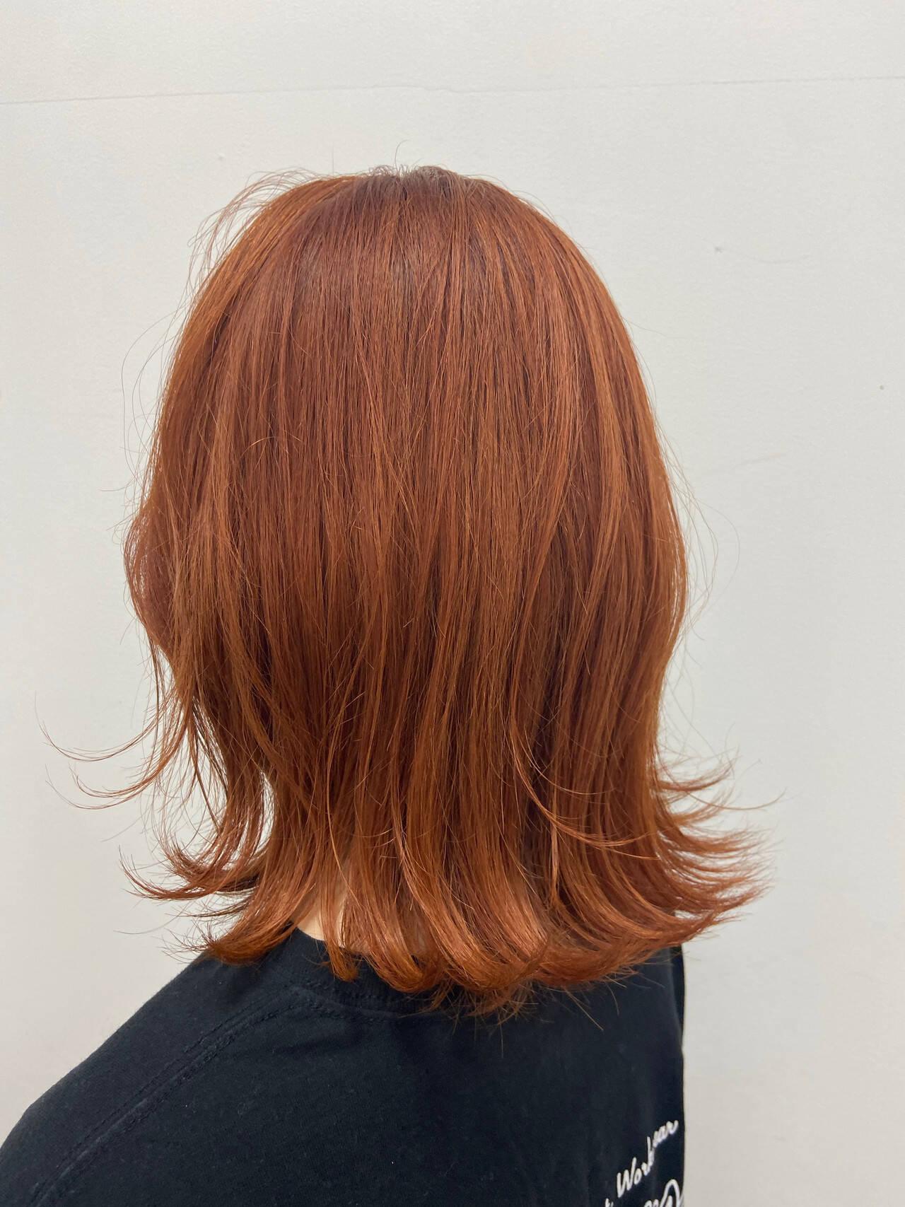ナチュラル オレンジベージュ 外ハネボブ オレンジヘアスタイルや髪型の写真・画像