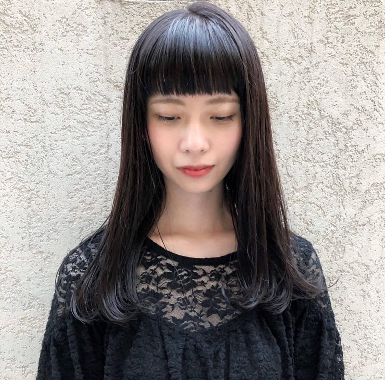 シースルーバング 黒髪 モード ロングヘアスタイルや髪型の写真・画像