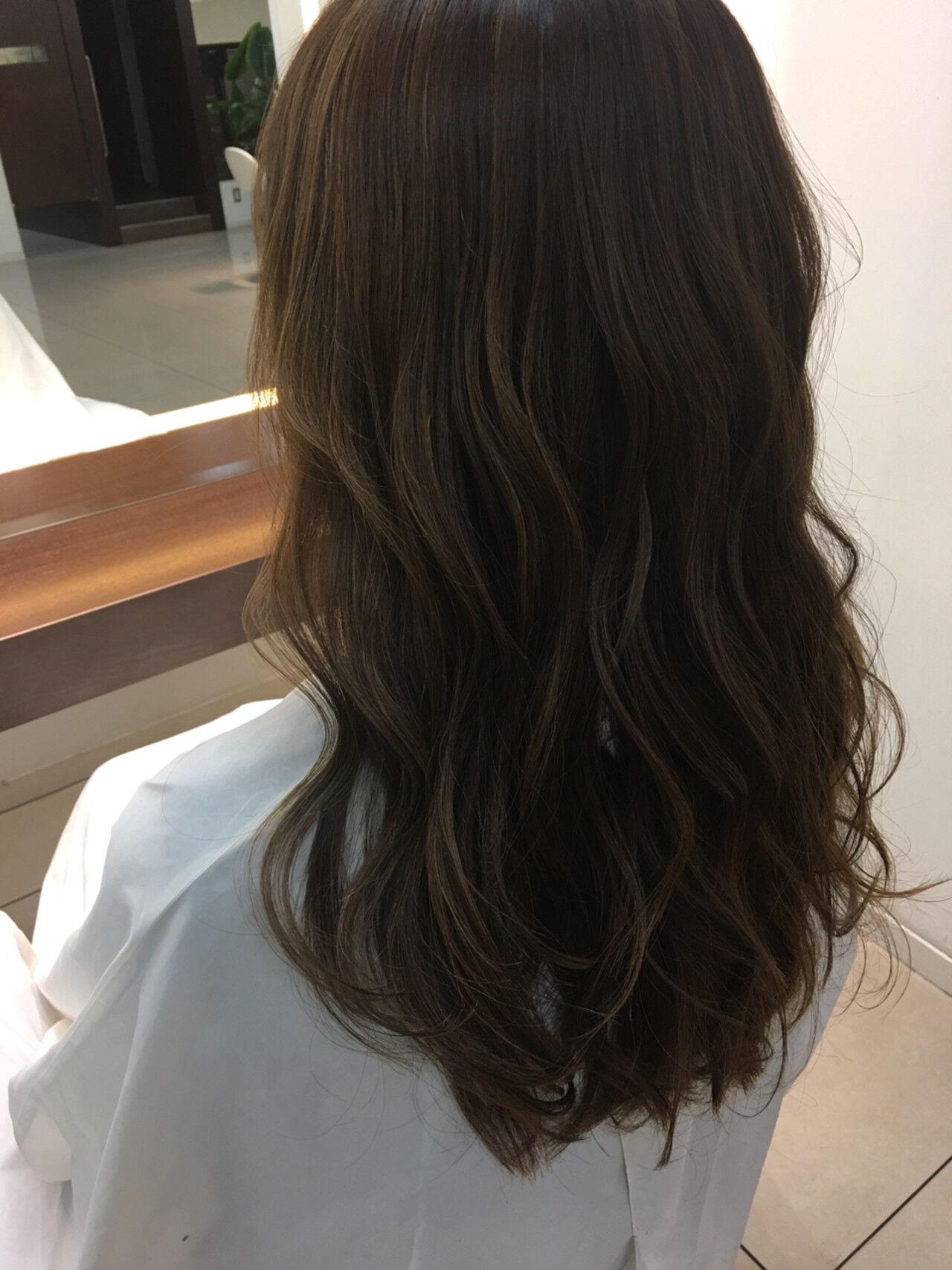 外国人風 グラデーションカラー ハイライト ロングヘアスタイルや髪型の写真・画像