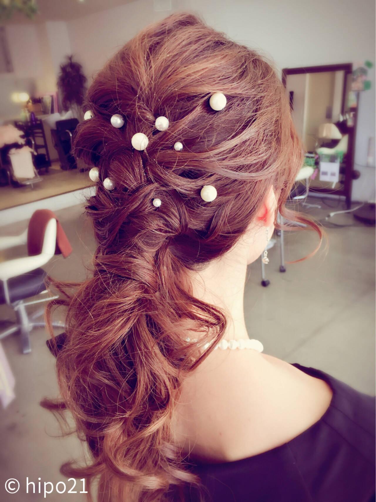 ロング ヘアピン フェミニン ヘアアレンジヘアスタイルや髪型の写真・画像