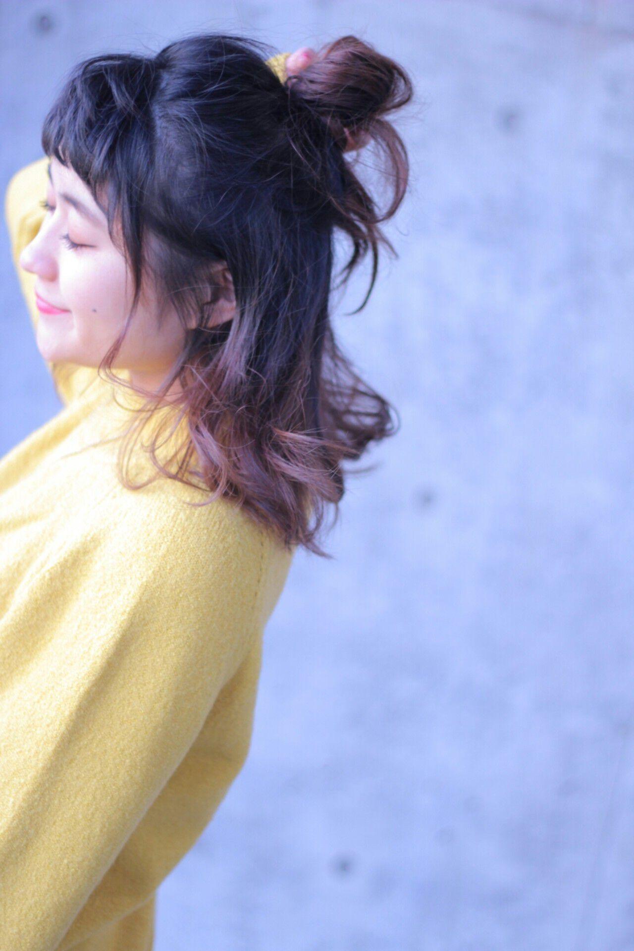 ショート ハーフアップ グラデーションカラー ヘアアレンジヘアスタイルや髪型の写真・画像