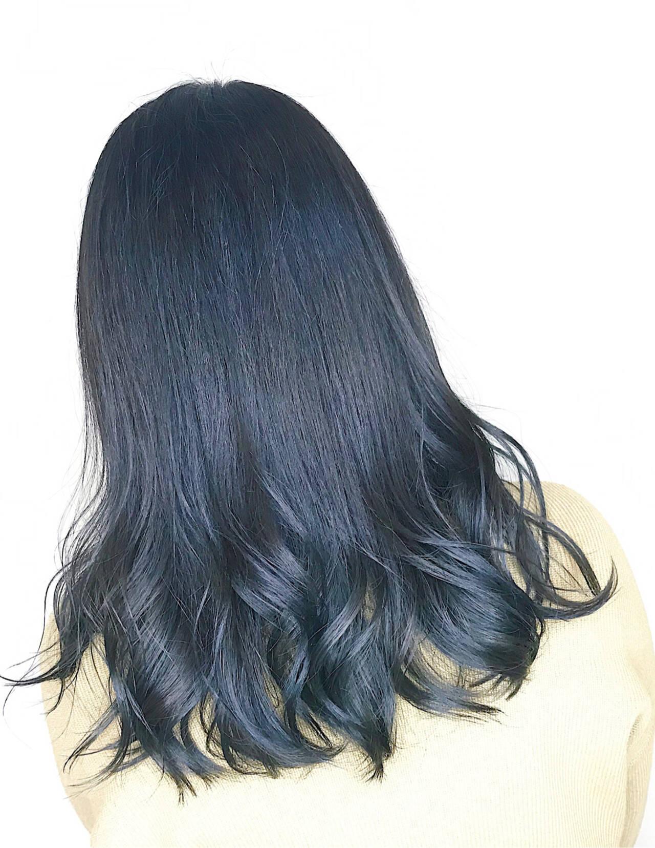ナチュラル ネイビー ブルーブラック ネイビーブルーヘアスタイルや髪型の写真・画像