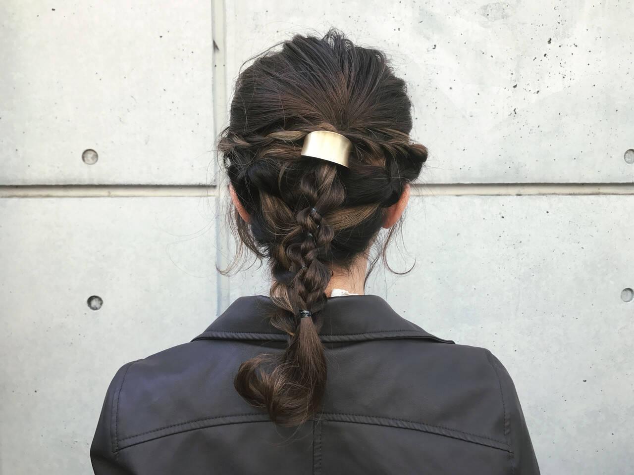 セミロング ナチュラル ヘアアレンジ 成人式ヘアスタイルや髪型の写真・画像