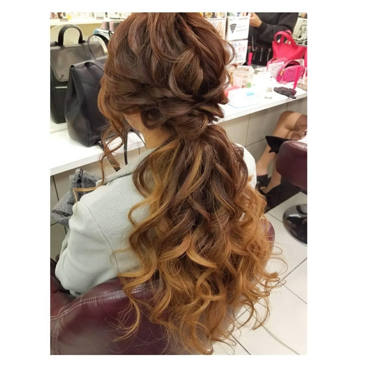 ヘアアレンジ デート ロング フェミニンヘアスタイルや髪型の写真・画像