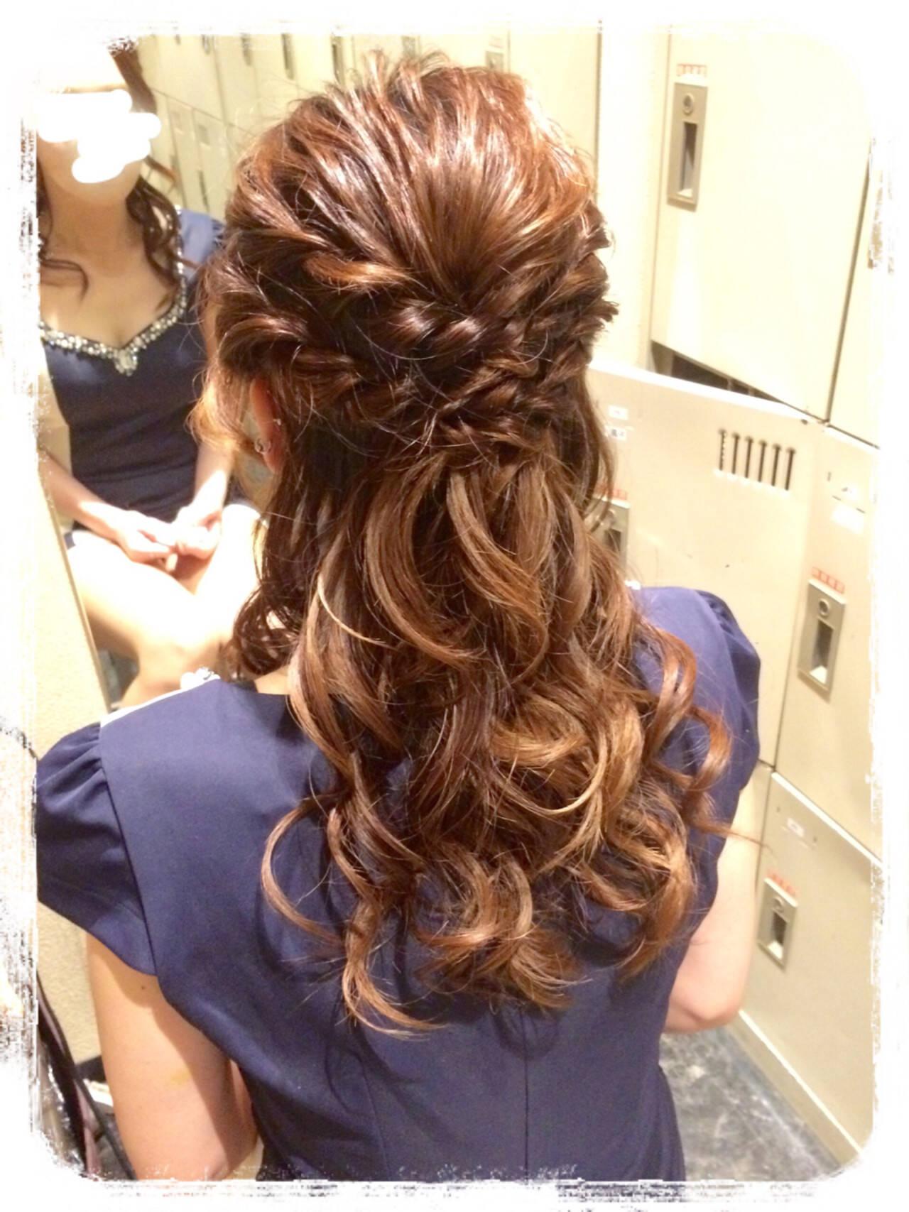 フェミニン ヘアアレンジ ハーフアップ 結婚式ヘアスタイルや髪型の写真・画像