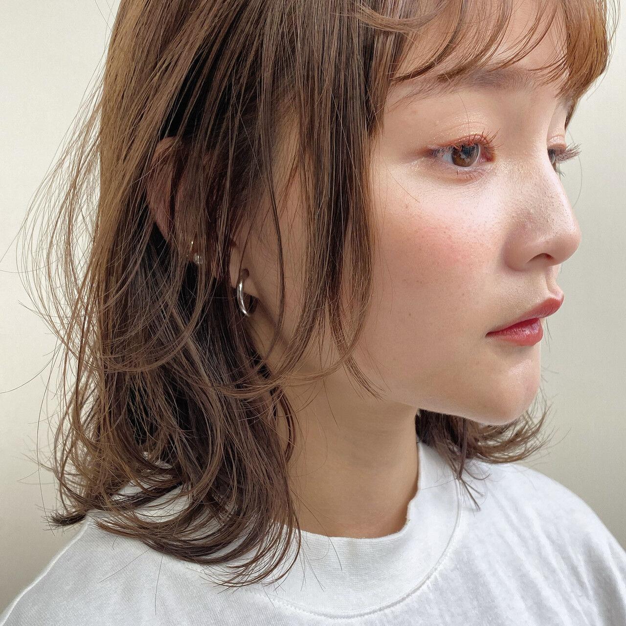 透明感カラー レイヤーボブ 大人ミディアムヘアスタイルや髪型の写真・画像