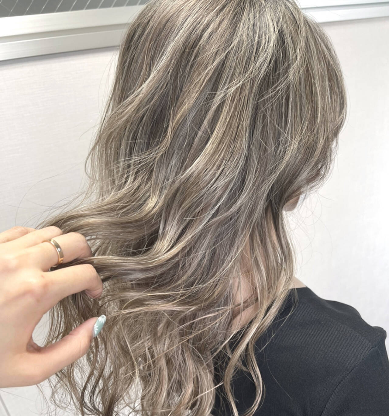 ロング 3Dハイライト ナチュラル グラデーションカラーヘアスタイルや髪型の写真・画像