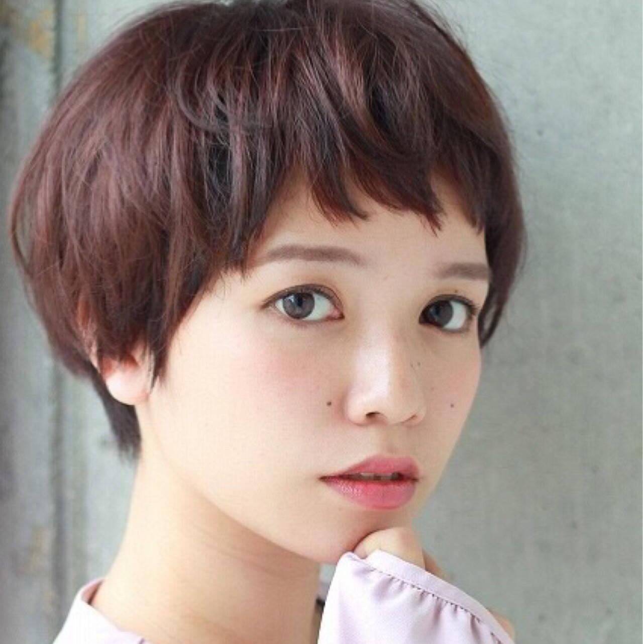 ガーリー フェミニン ショート 前髪ありヘアスタイルや髪型の写真・画像