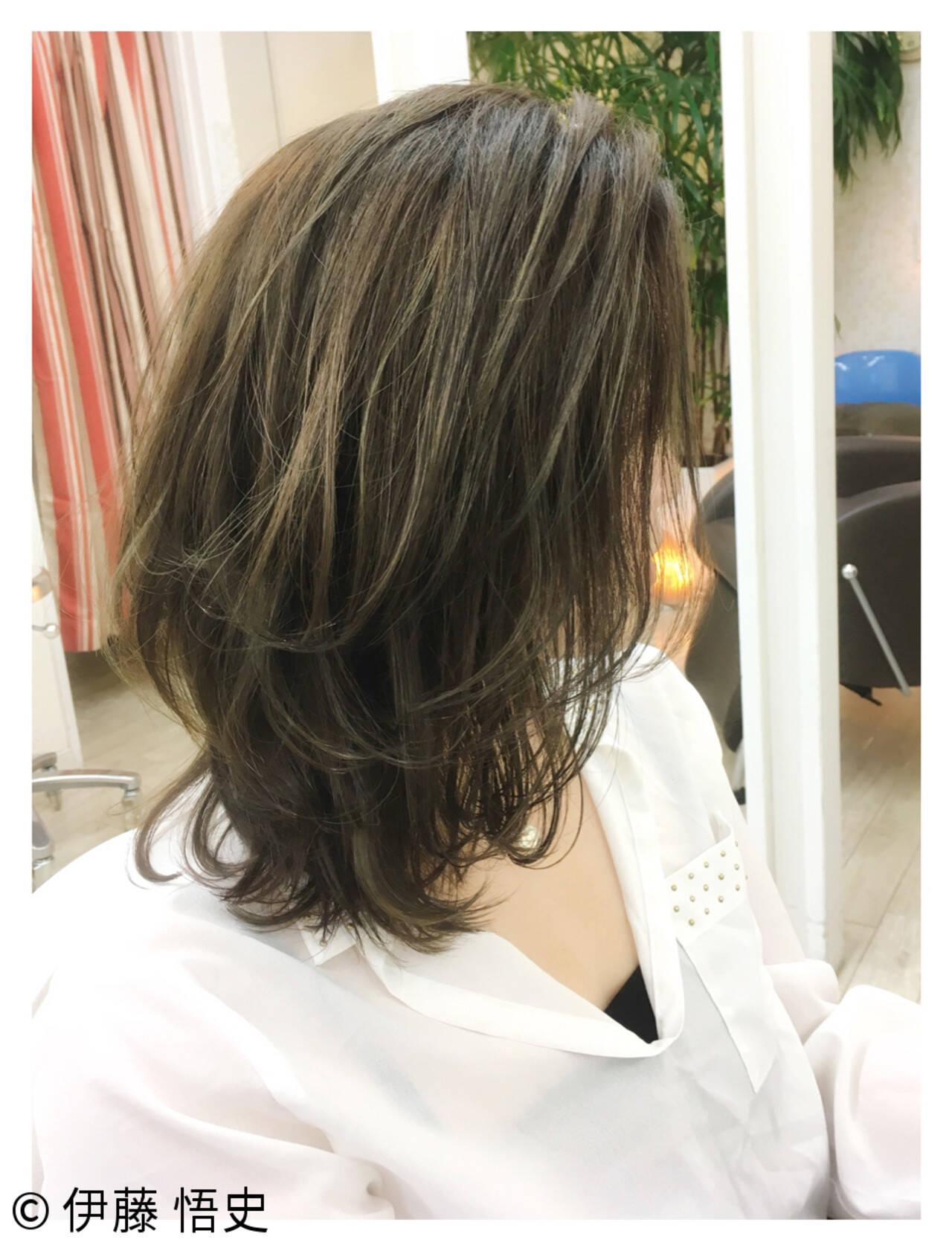 大人女子 レイヤーカット ナチュラル 大人かわいいヘアスタイルや髪型の写真・画像