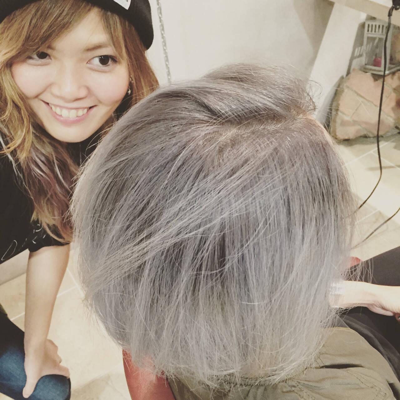 シルバーアッシュ ボブ ダブルカラー グラデーションカラーヘアスタイルや髪型の写真・画像