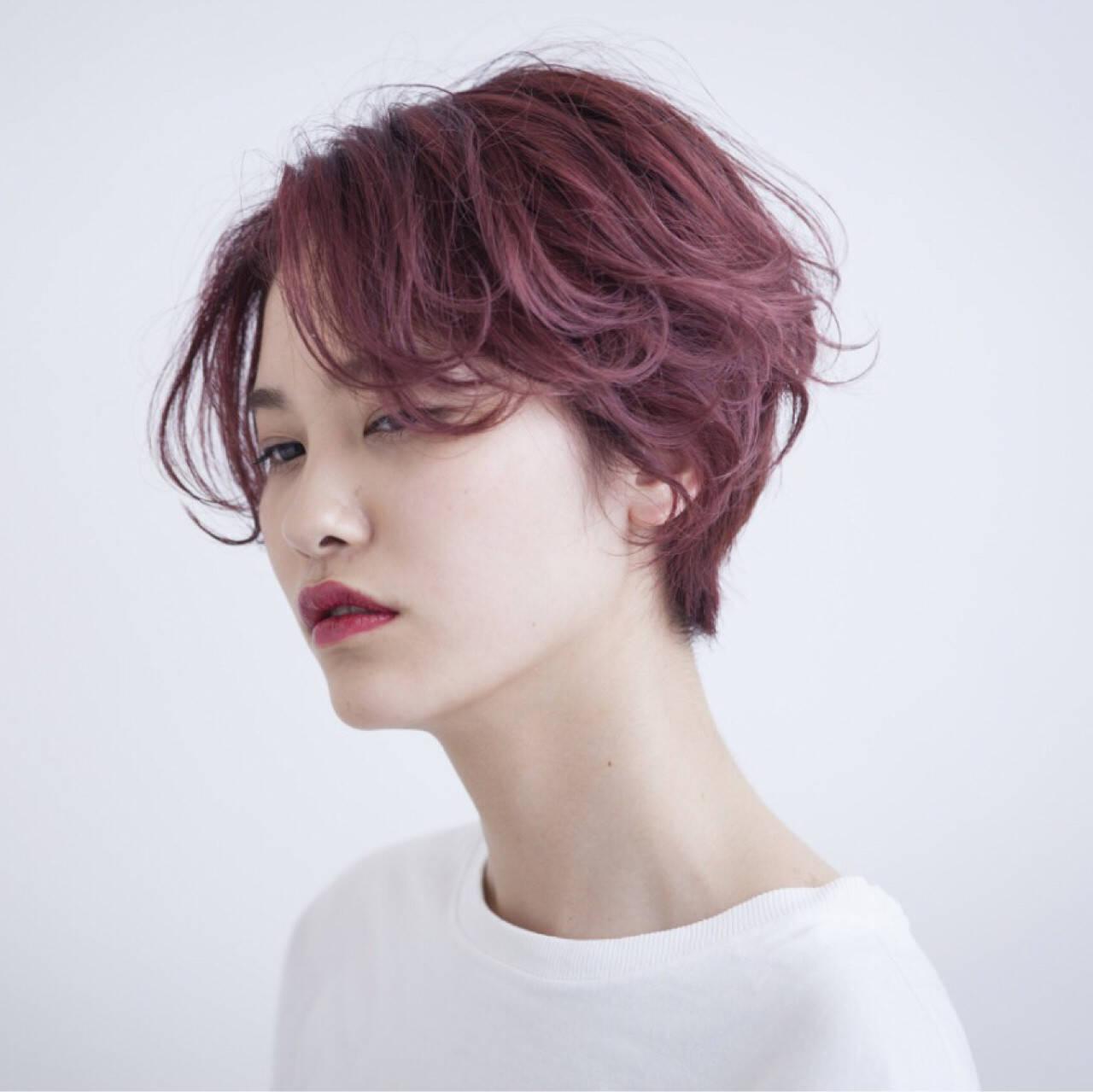 ストリート ピンク ショート イルミナカラーヘアスタイルや髪型の写真・画像