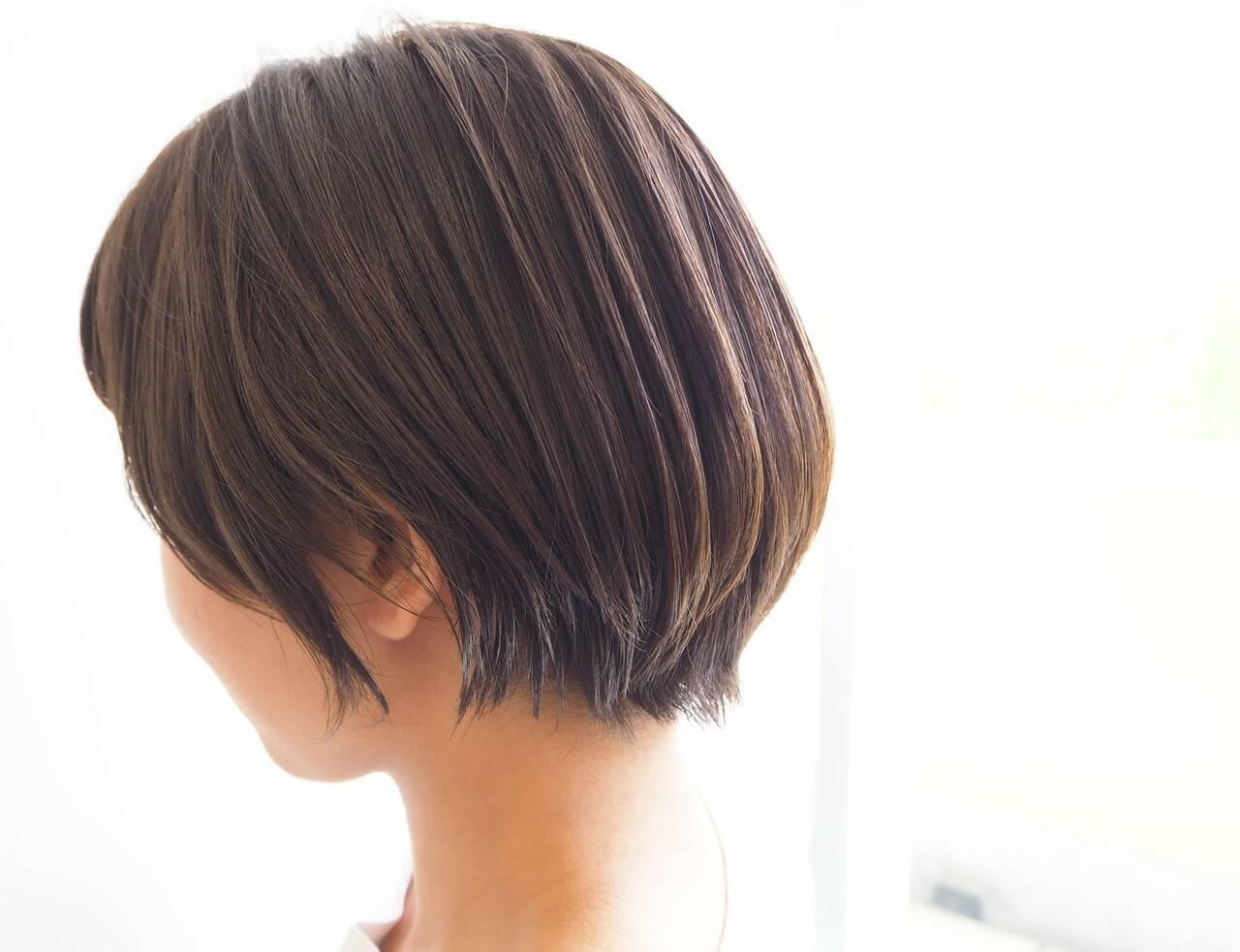 ミニボブ ショートヘア ナチュラル ショートヘアスタイルや髪型の写真・画像