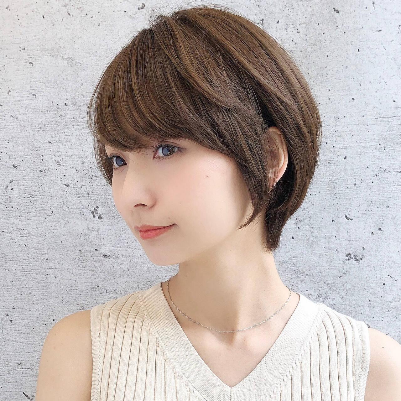 ショートボブ ナチュラル ショートヘア ベリーショートヘアスタイルや髪型の写真・画像
