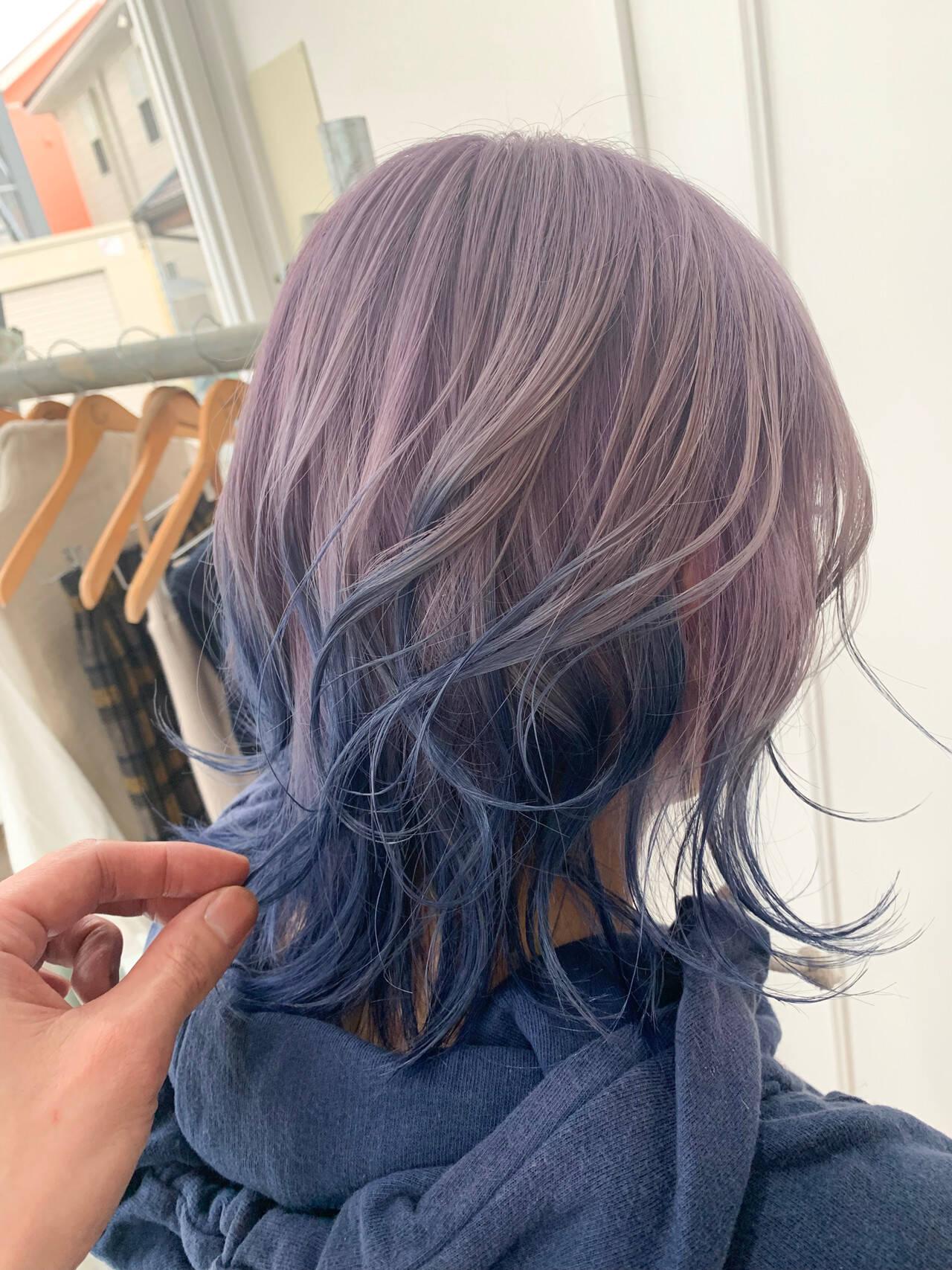 外ハネボブ ミディアム グラデーションカラー ナチュラルヘアスタイルや髪型の写真・画像