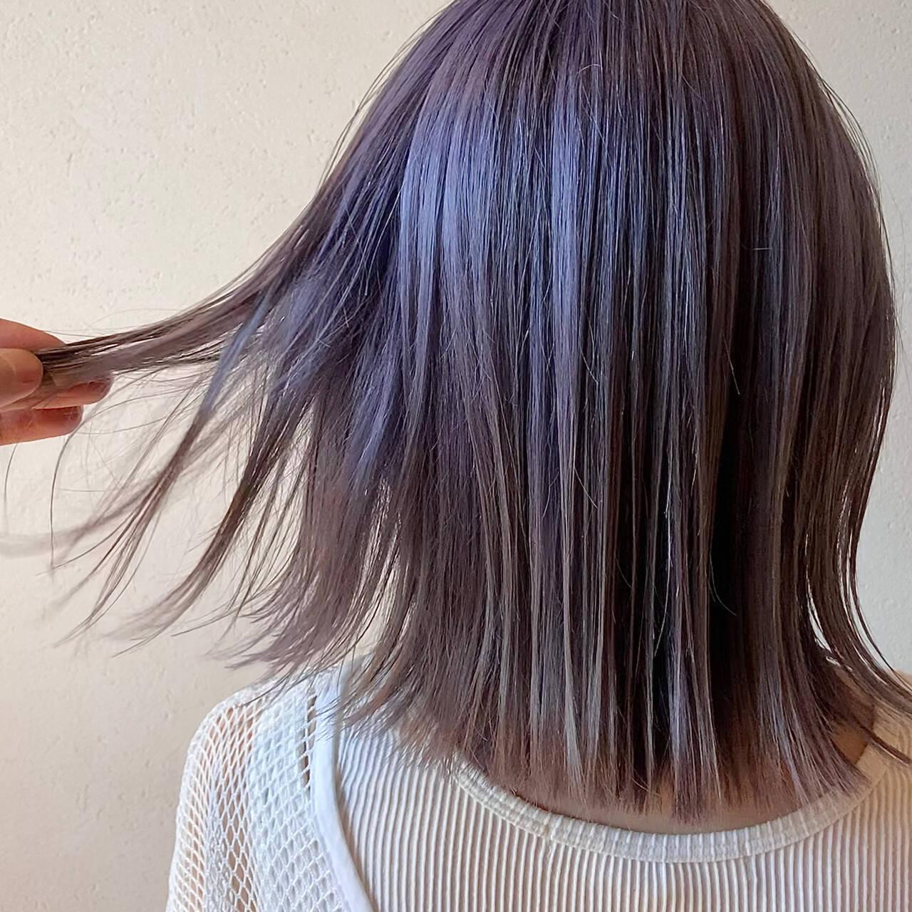 ボブ ダブルカラー ラベンダーカラー ラベンダーグレーヘアスタイルや髪型の写真・画像