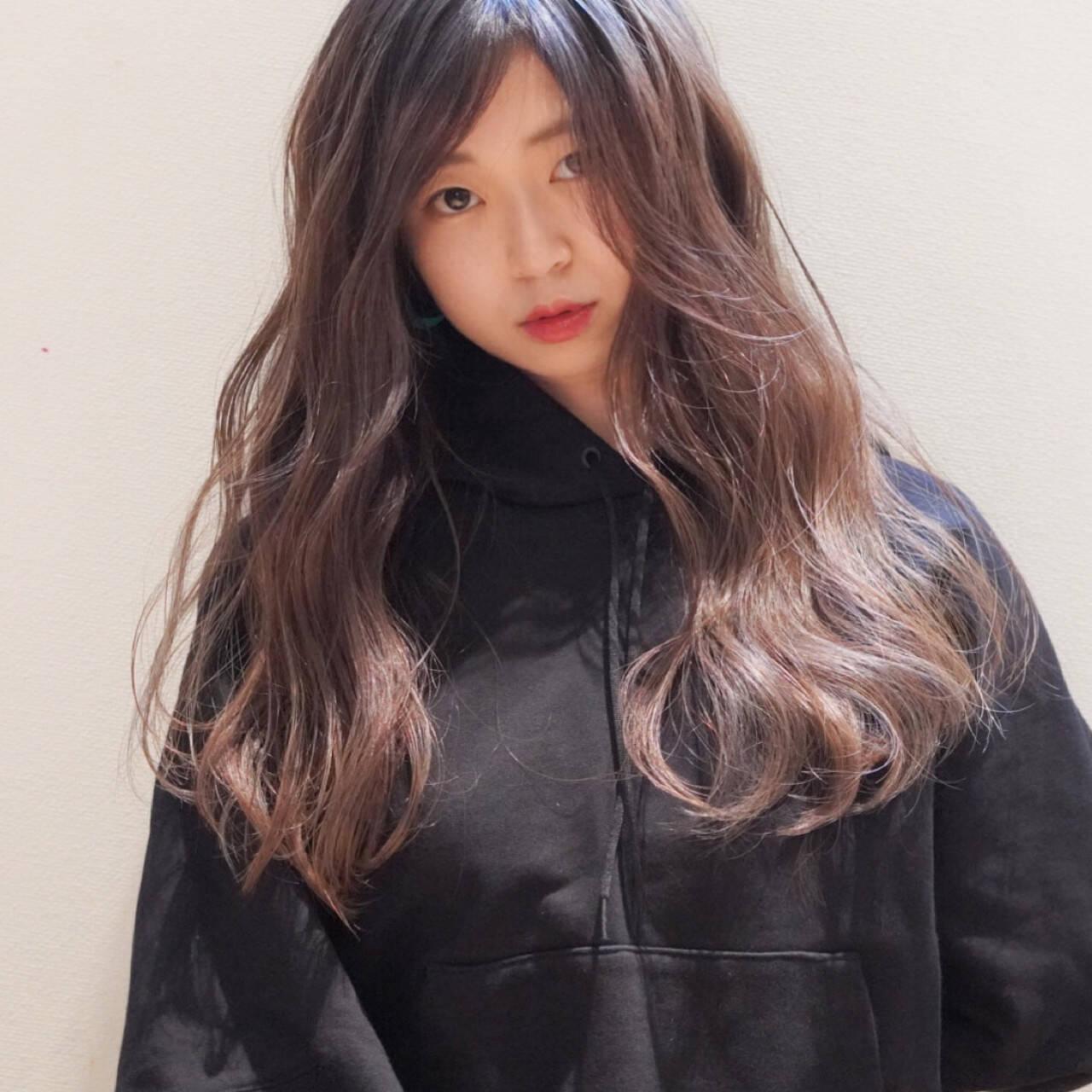 ロング ハイライト 3Dハイライト コントラストハイライトヘアスタイルや髪型の写真・画像