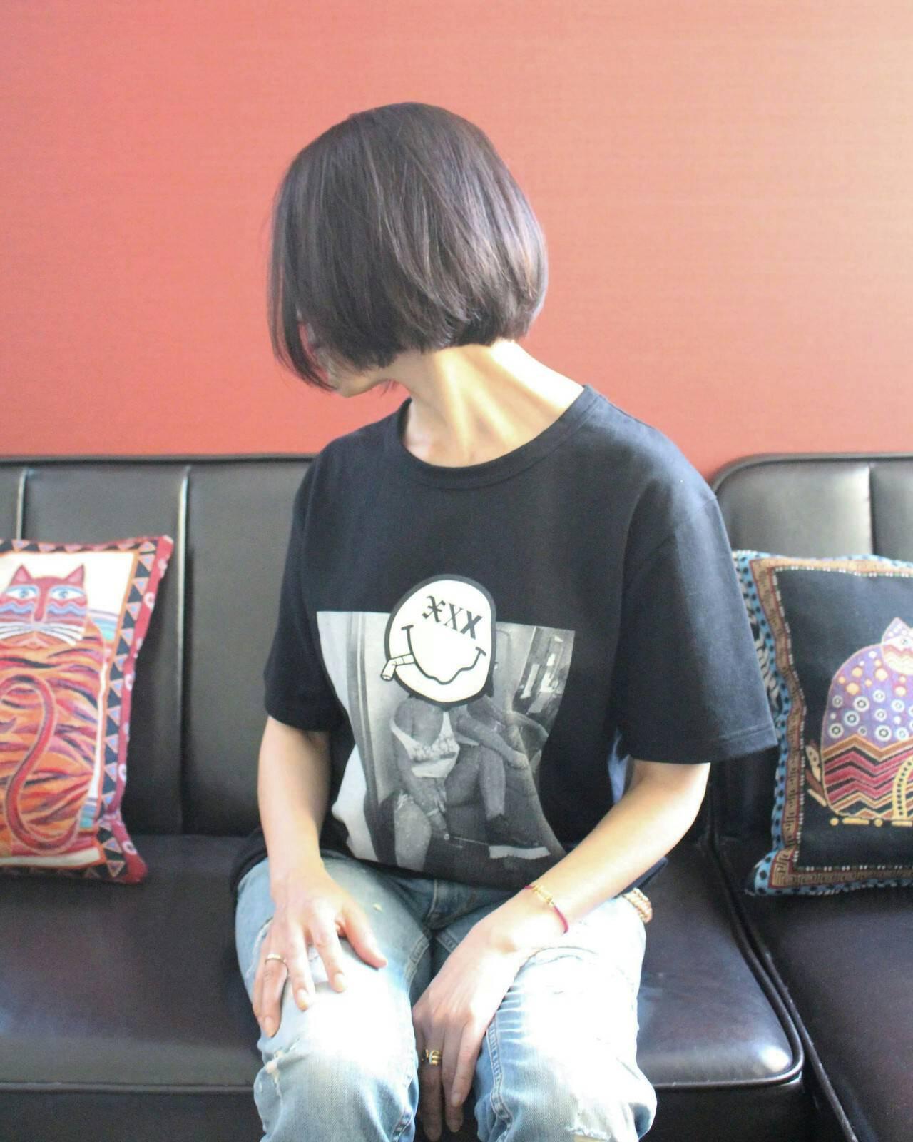 ボブ 小顔 ナチュラル グレーヘアスタイルや髪型の写真・画像