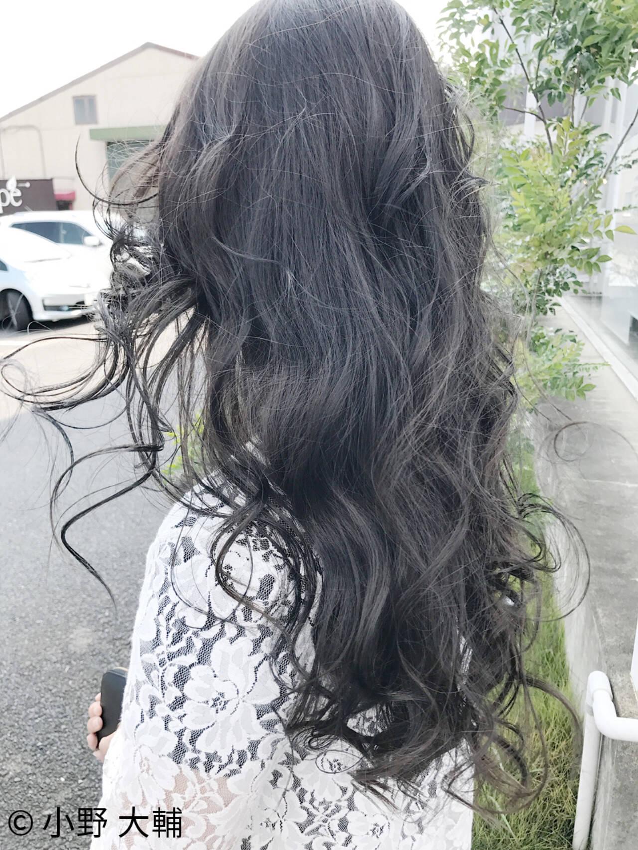 アッシュ 外国人風カラー ハイライト ナチュラルヘアスタイルや髪型の写真・画像