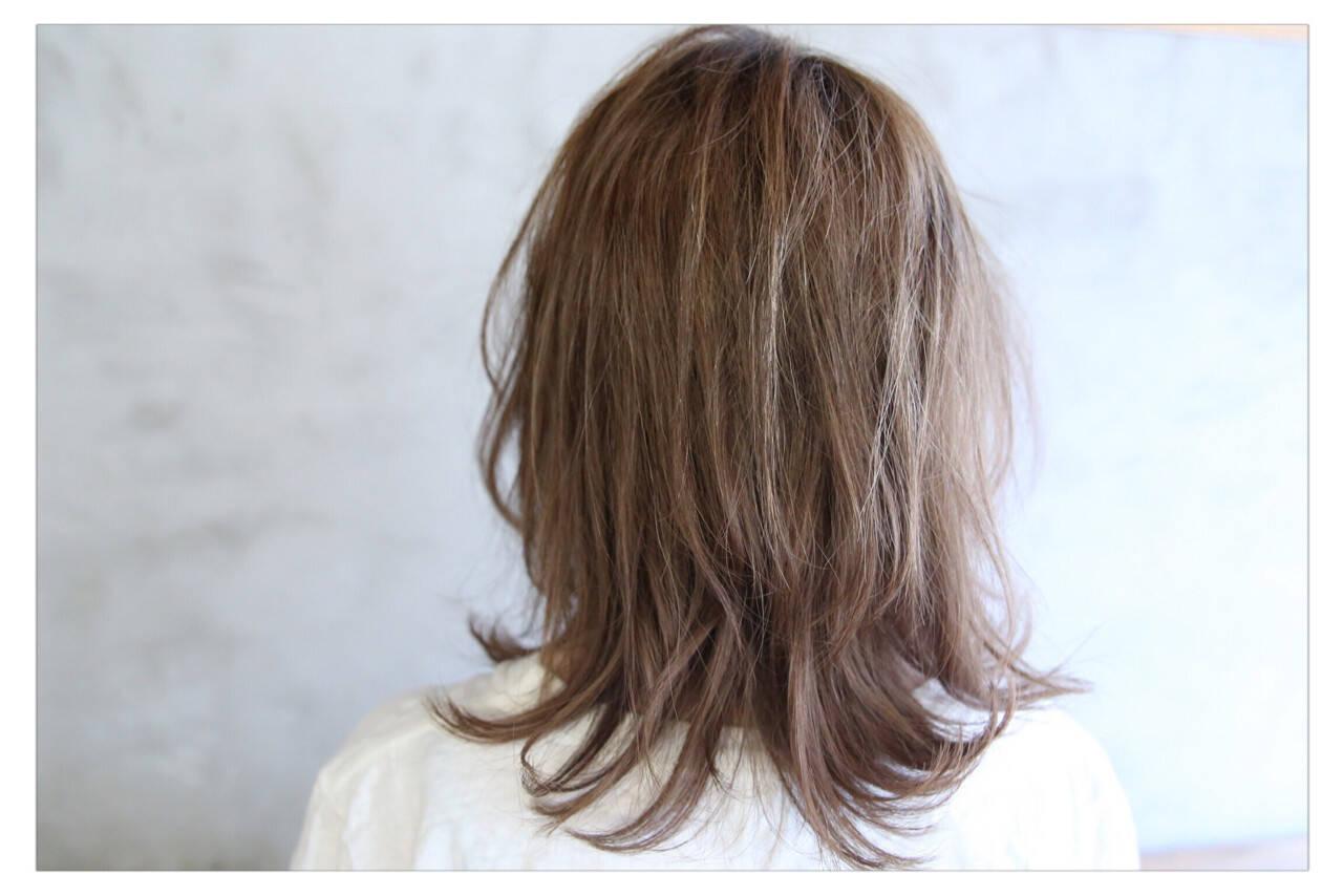 アッシュ 外国人風 透明感 セミロングヘアスタイルや髪型の写真・画像