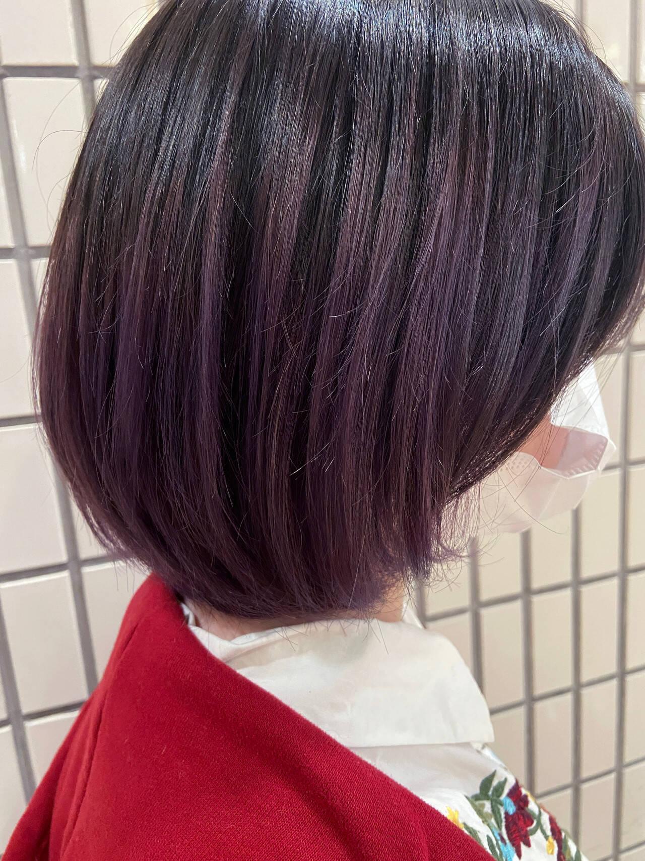 バイオレットカラー ブルーバイオレット ボブ グラデーションカラーヘアスタイルや髪型の写真・画像