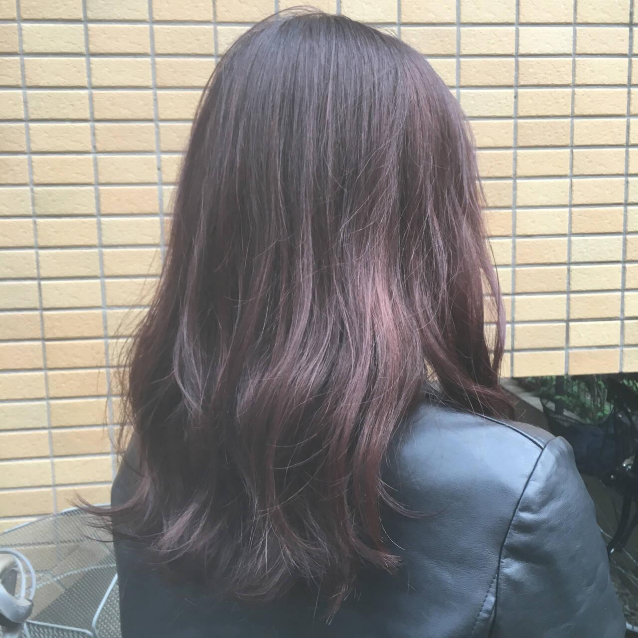 フェミニン ロング デート 大学生ヘアスタイルや髪型の写真・画像