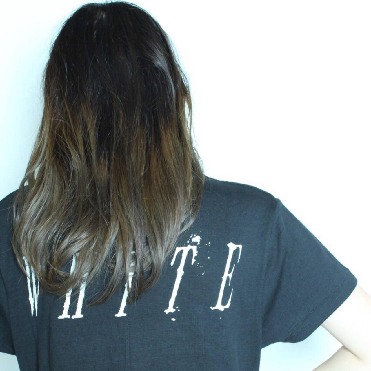 かわいい ストリート アッシュ グラデーションカラーヘアスタイルや髪型の写真・画像