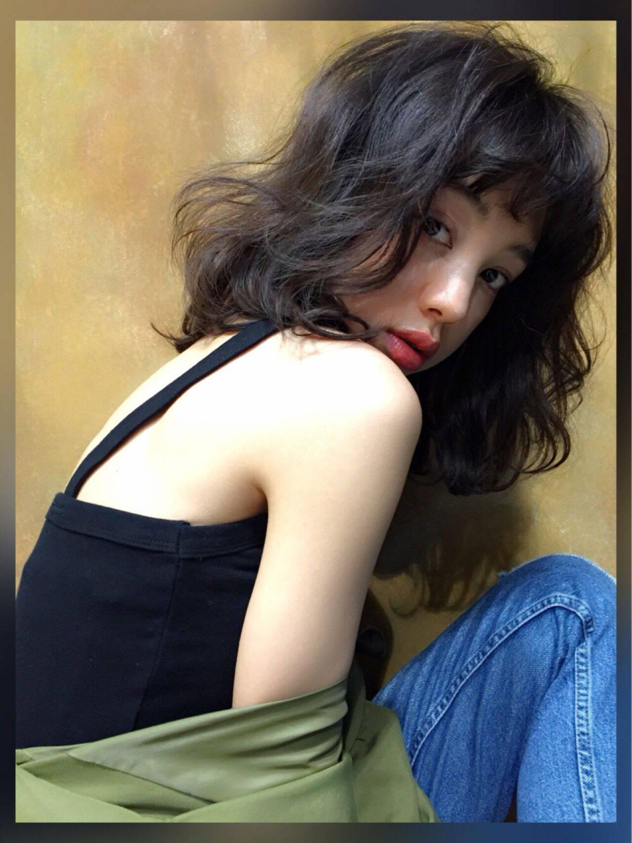 春 ミディアム ストリートヘアスタイルや髪型の写真・画像