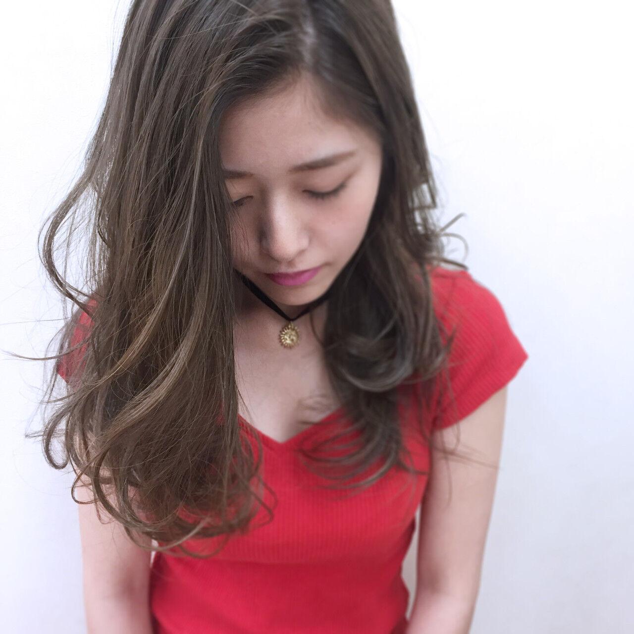 外国人風 ウェーブ アンニュイ ゆるふわヘアスタイルや髪型の写真・画像
