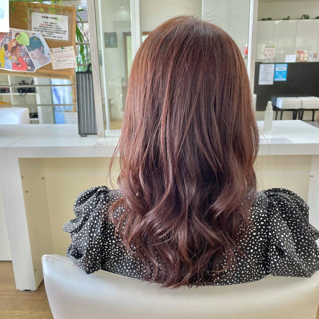 ピンクブラウン 大人かわいい レイヤーカット セミロングヘアスタイルや髪型の写真・画像