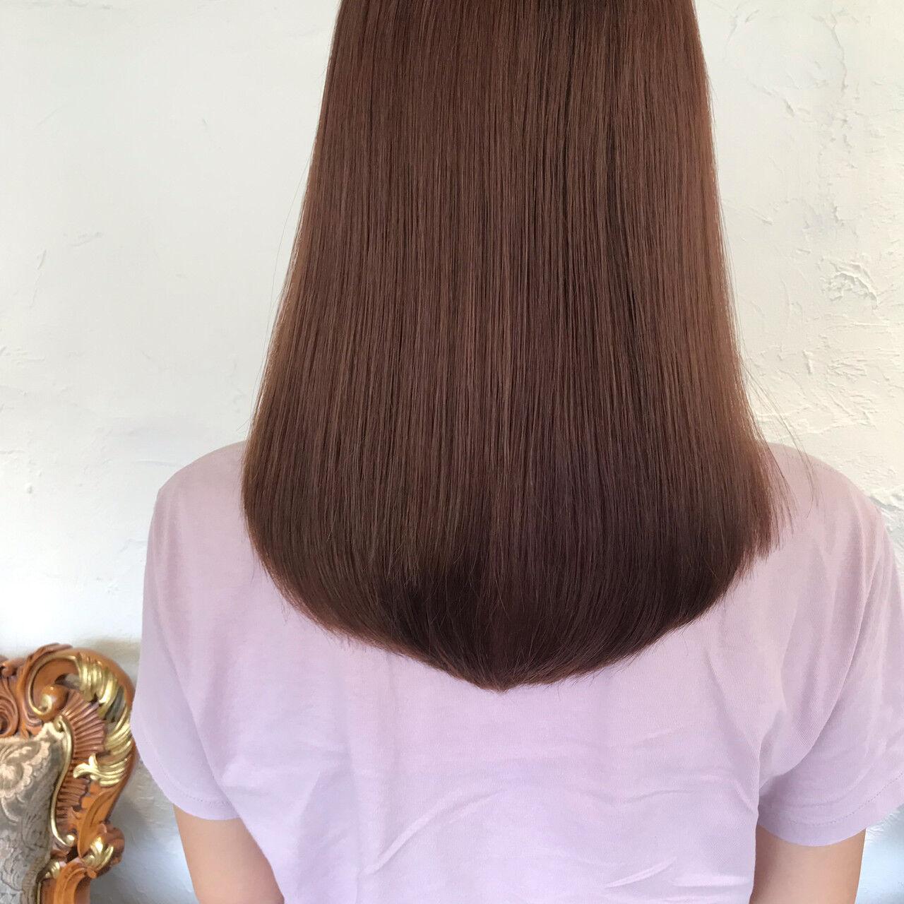 ヌーディベージュ チェリーレッド ヌーディーベージュ ナチュラルヘアスタイルや髪型の写真・画像