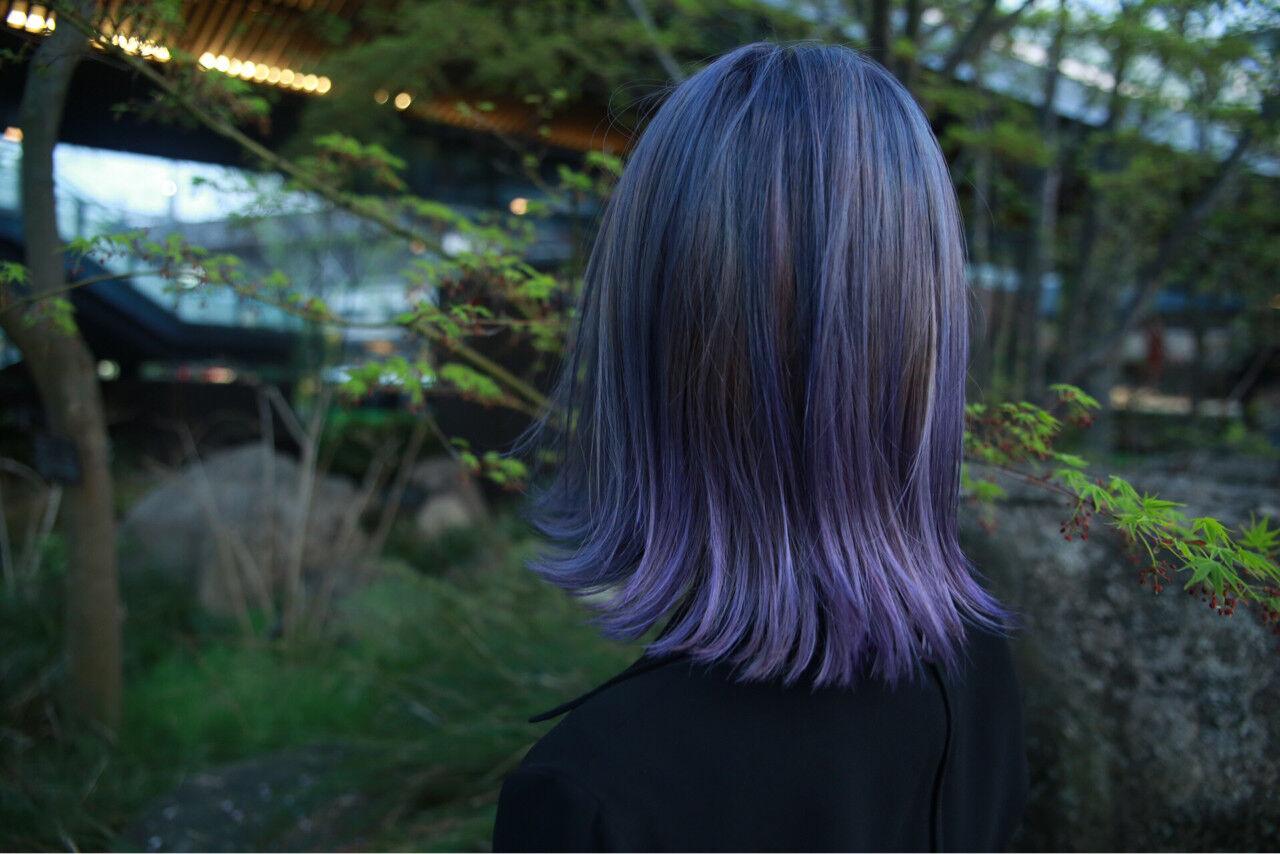 モード グレージュ パープル ミディアムヘアスタイルや髪型の写真・画像