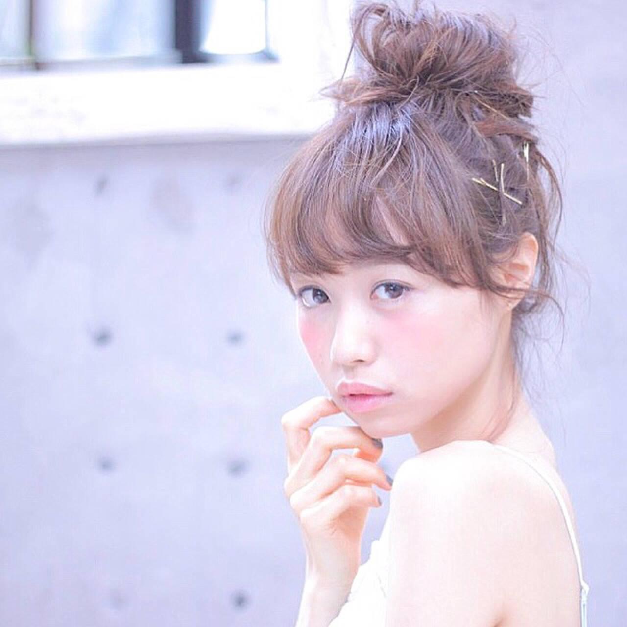 ロング 女子会 メッシーバン リラックスヘアスタイルや髪型の写真・画像