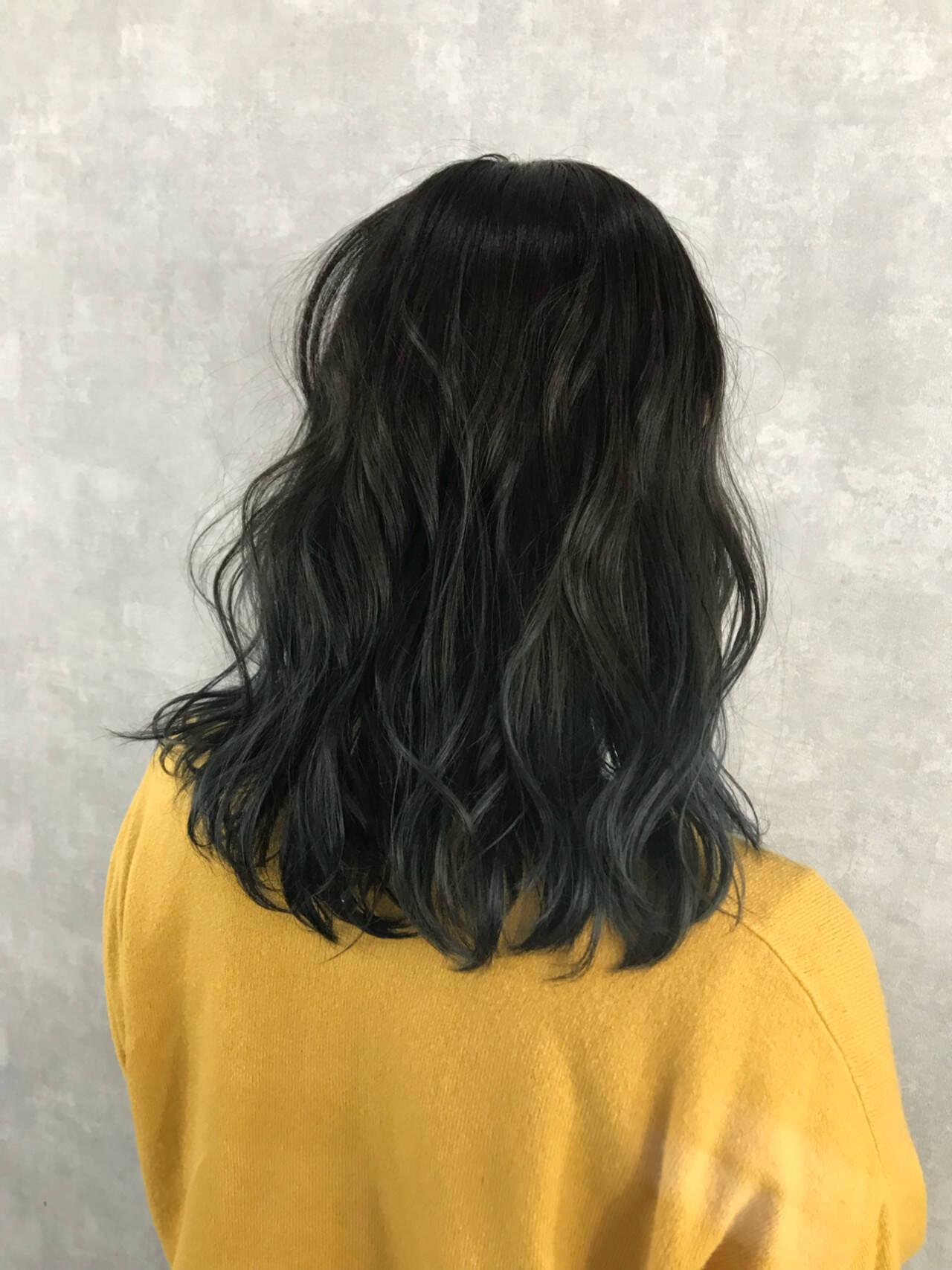 ストリート ハイライト ミディアム ダブルカラーヘアスタイルや髪型の写真・画像