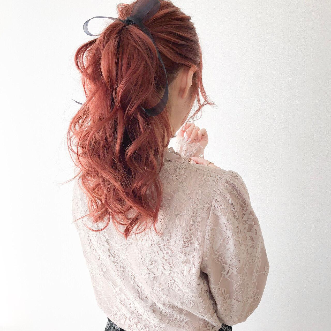 ピンクベージュ ピンク ポニーテール ロングヘアスタイルや髪型の写真・画像