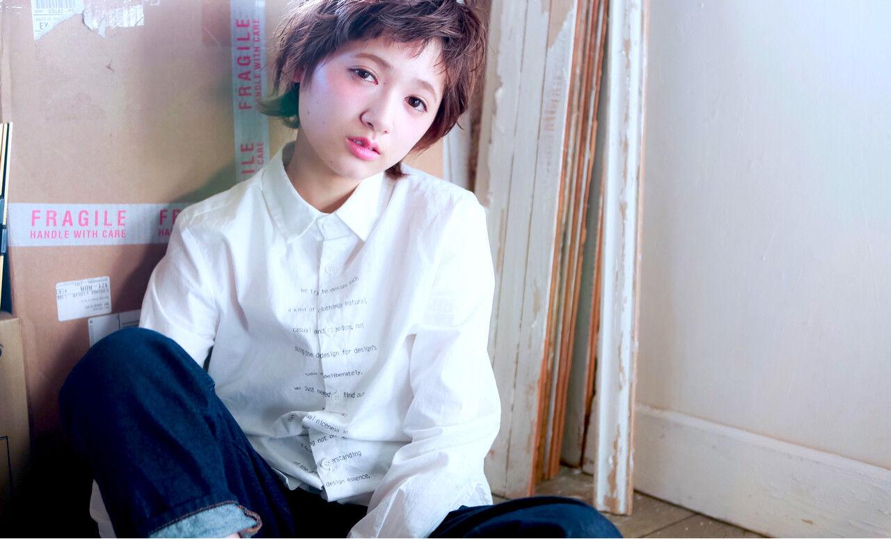 外国人風 パーマ ショート 前髪ありヘアスタイルや髪型の写真・画像