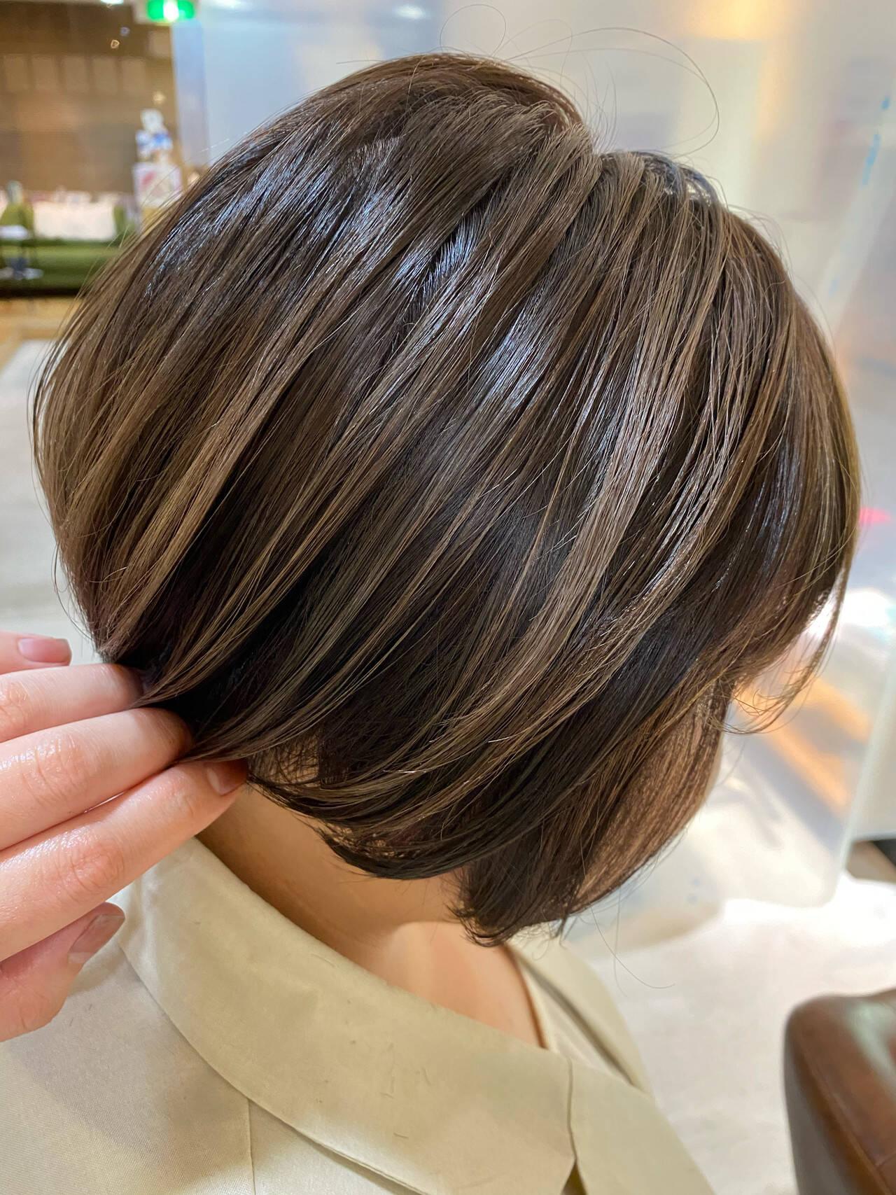ハイライト ショートヘア ショートボブ 大人ハイライトヘアスタイルや髪型の写真・画像