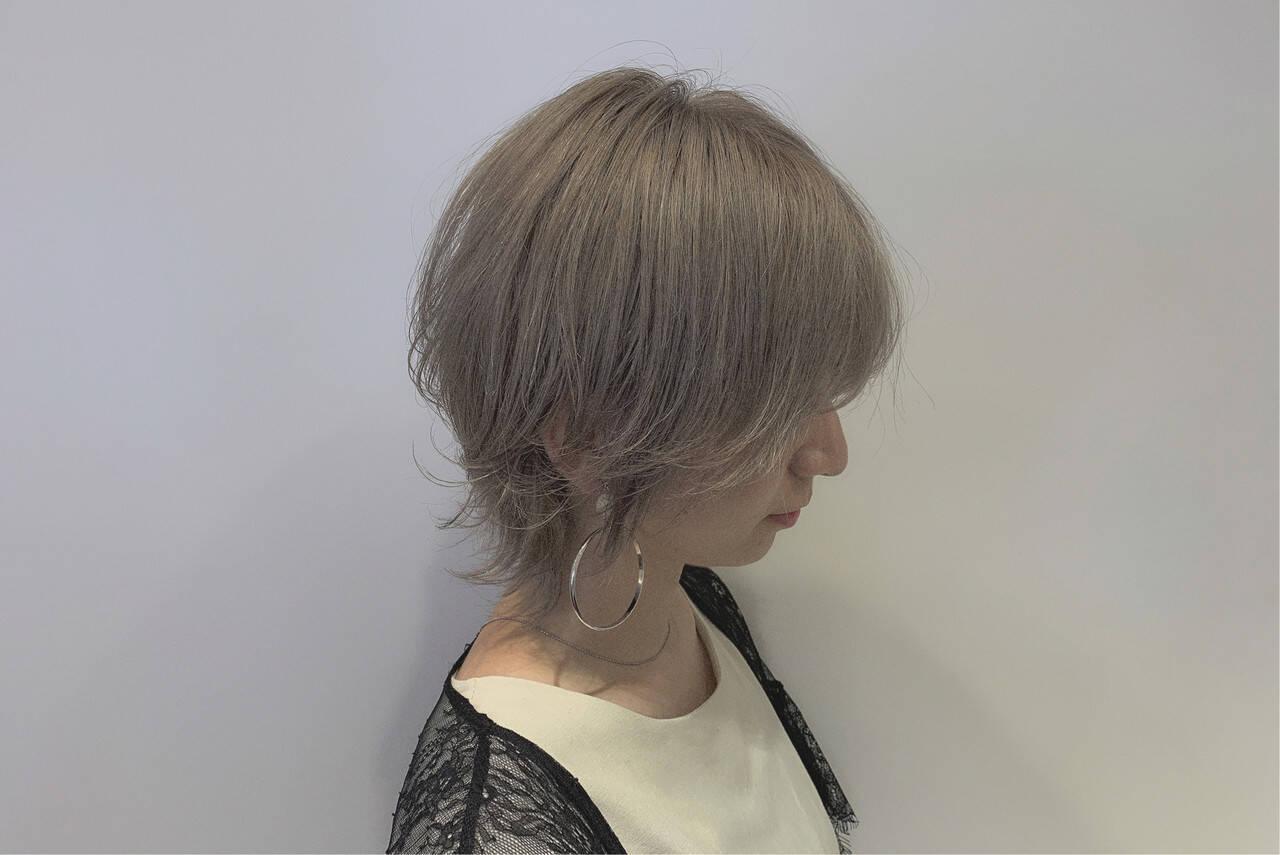 ウルフ女子 ナチュラルウルフ ニュアンスウルフ ストリートヘアスタイルや髪型の写真・画像
