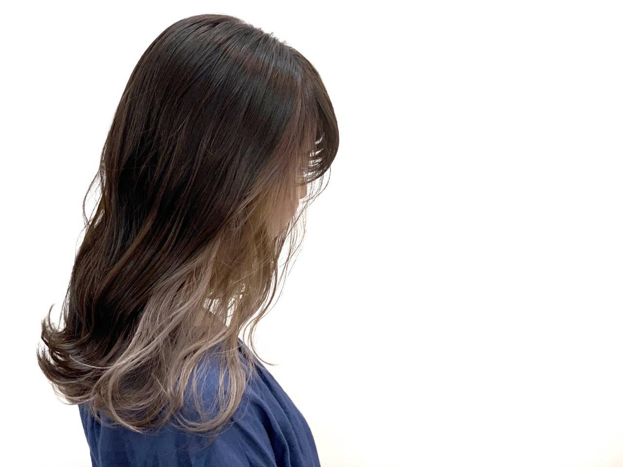 アンニュイほつれヘア グレージュ ロング 透明感ヘアスタイルや髪型の写真・画像