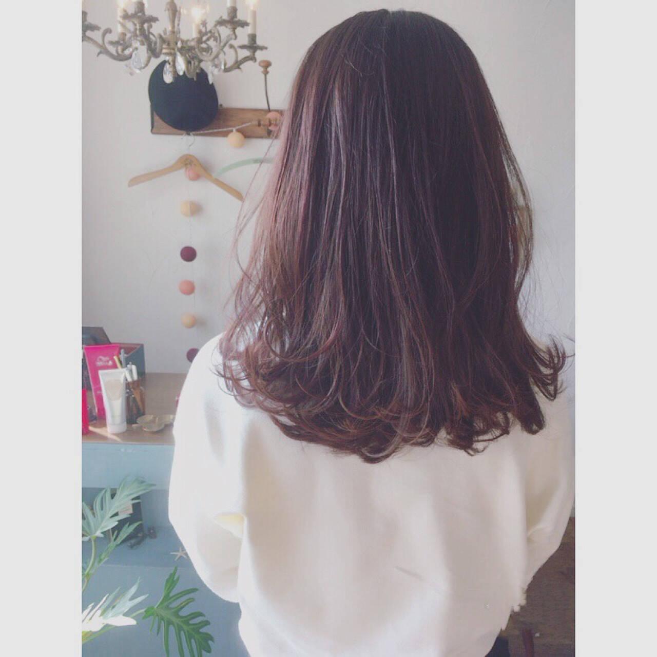 ピンクアッシュ ラベンダー ピンク ベージュヘアスタイルや髪型の写真・画像