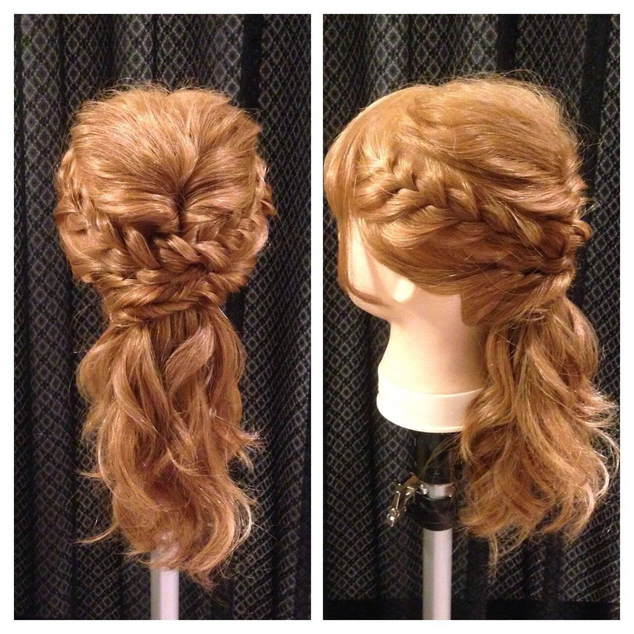 ヘアアレンジ セミロング ナチュラル 大人かわいいヘアスタイルや髪型の写真・画像