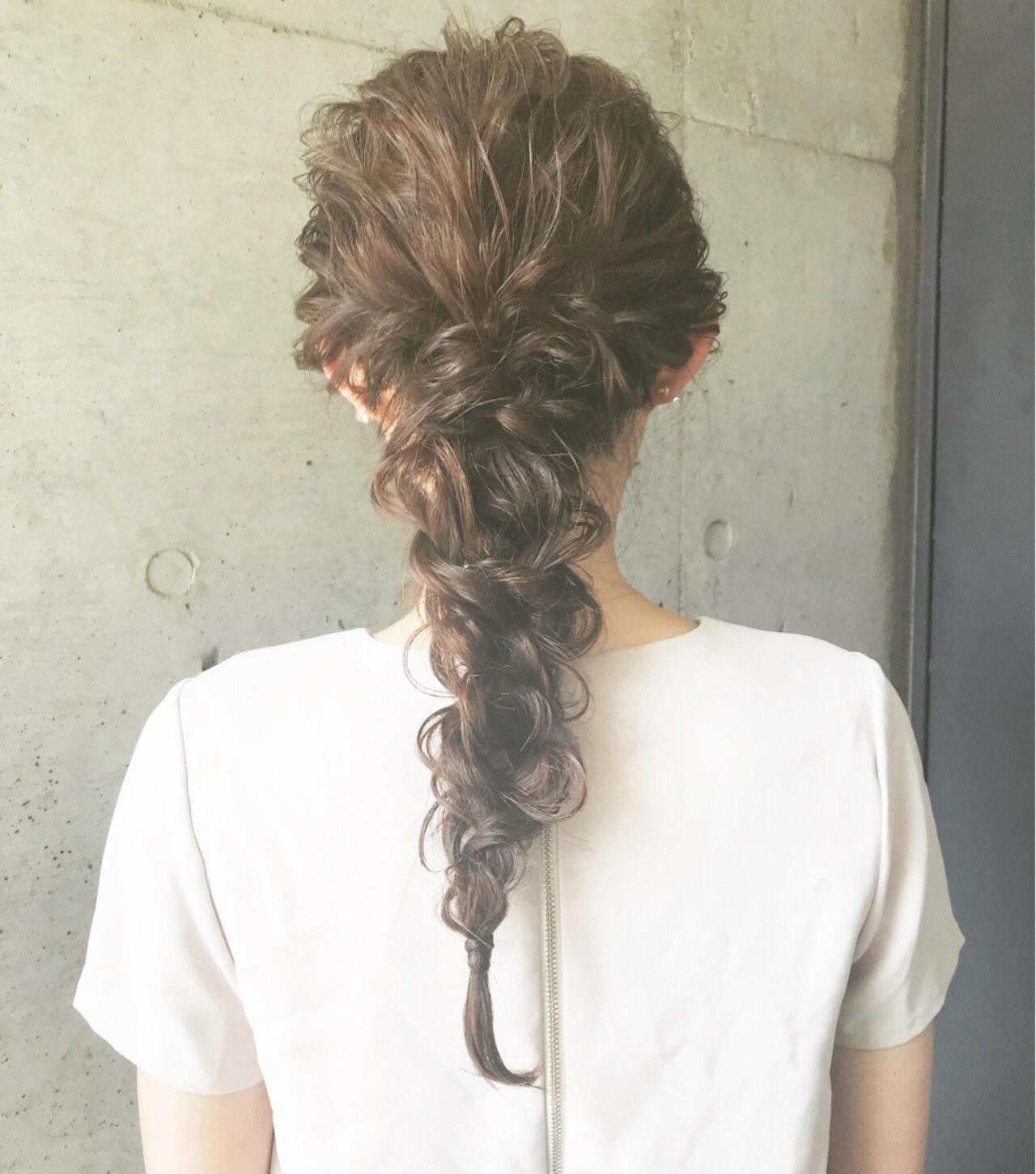 編み込み 夏 ロング ナチュラルヘアスタイルや髪型の写真・画像