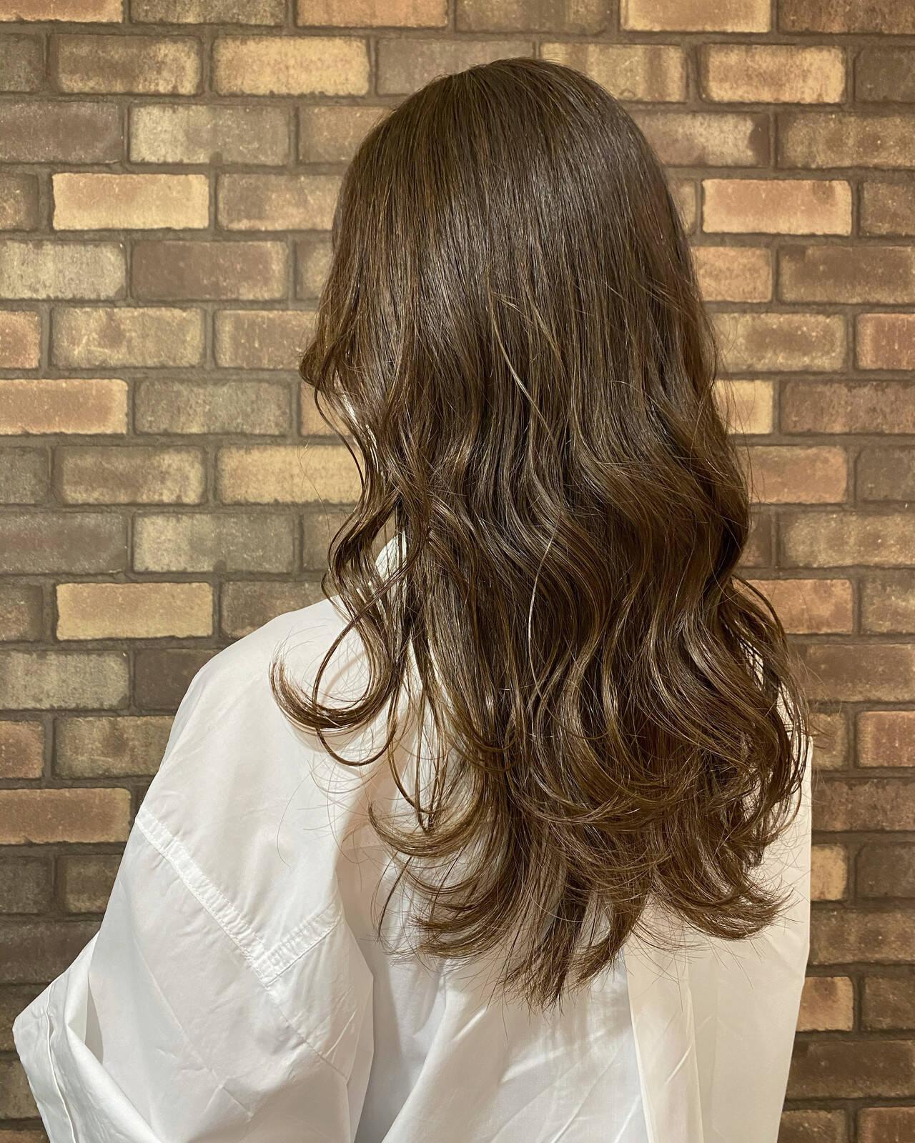 透明感 大人ヘアスタイル 大人ロング ナチュラルヘアスタイルや髪型の写真・画像