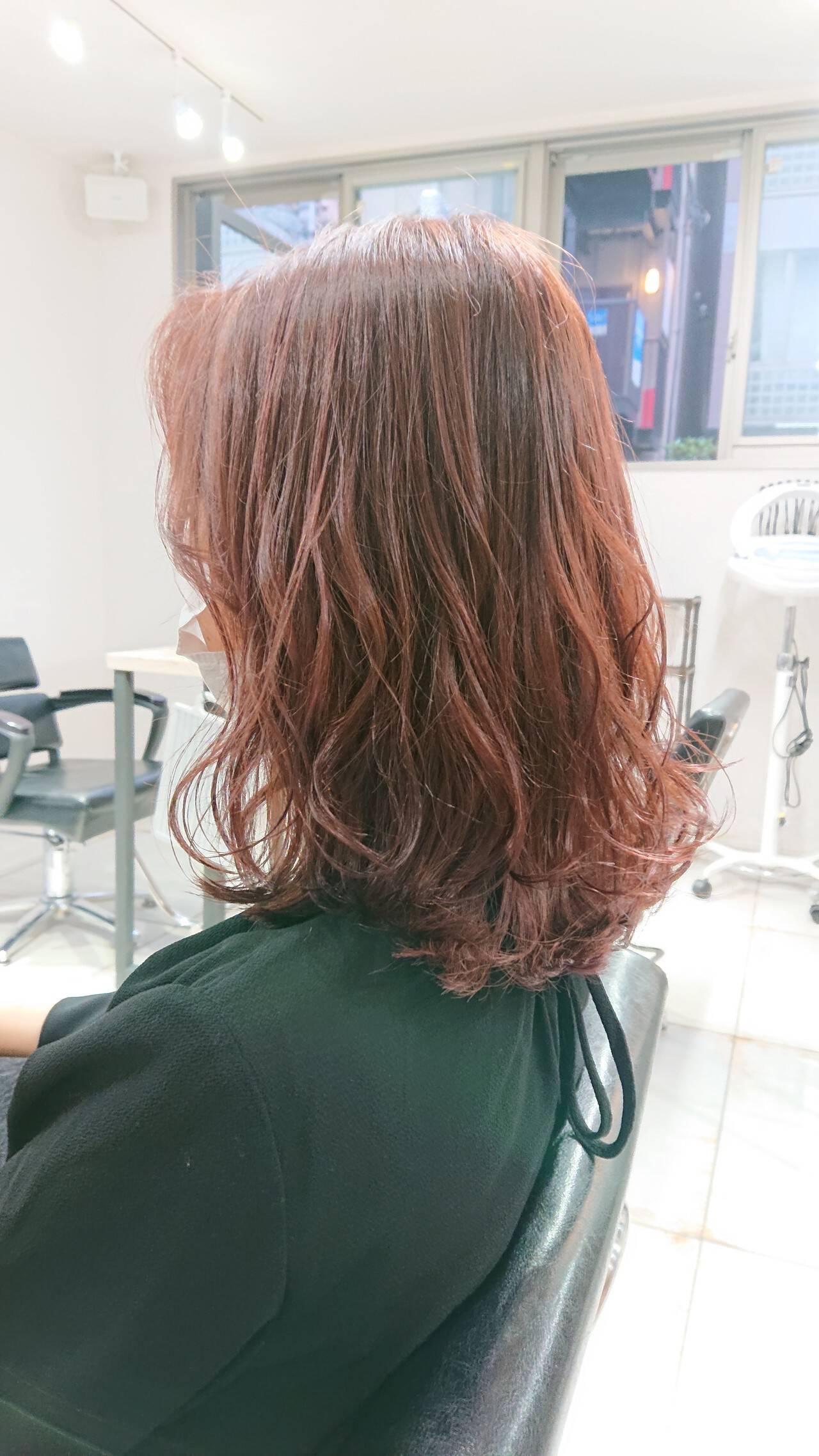 透明感 ピンク ミディアム ブリーチなしヘアスタイルや髪型の写真・画像