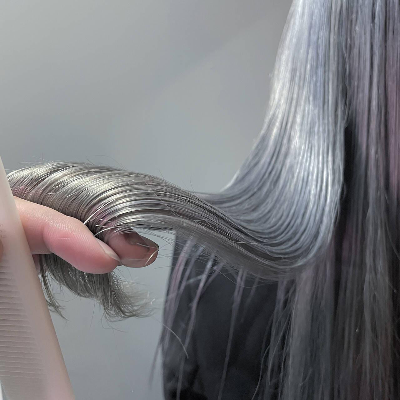 ハイトーン ロング エレガント 艶髪ヘアスタイルや髪型の写真・画像