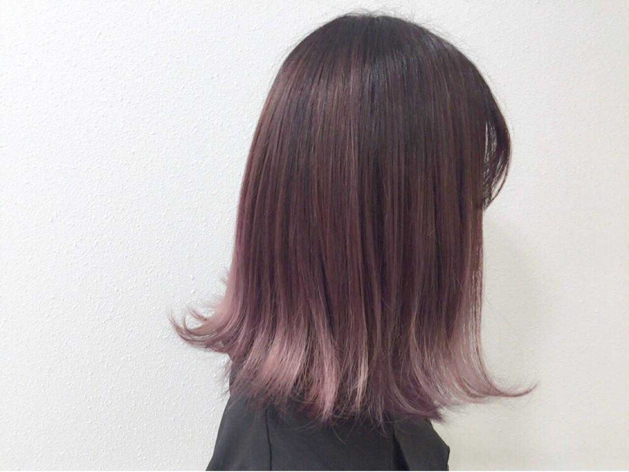 ピンク ガーリー ラベンダーピンク ブリーチヘアスタイルや髪型の写真・画像