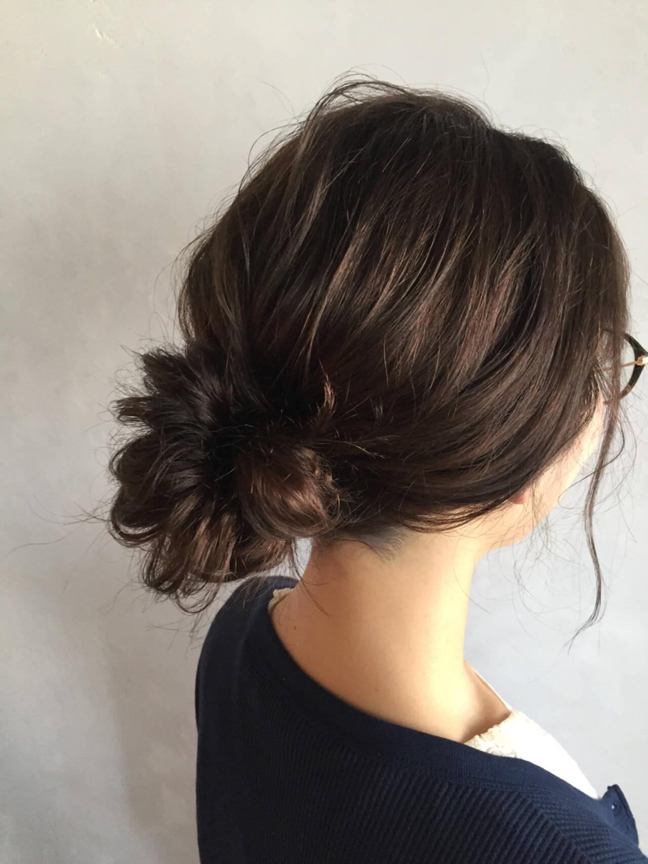 簡単ヘアアレンジ ナチュラル お団子 くるりんぱヘアスタイルや髪型の写真・画像